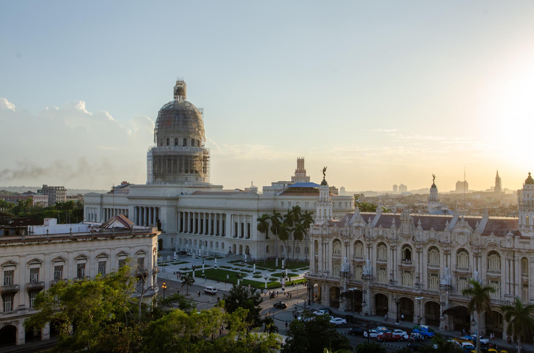 Das Capitolio gehört einfach zu Havanna Kuba dazu.