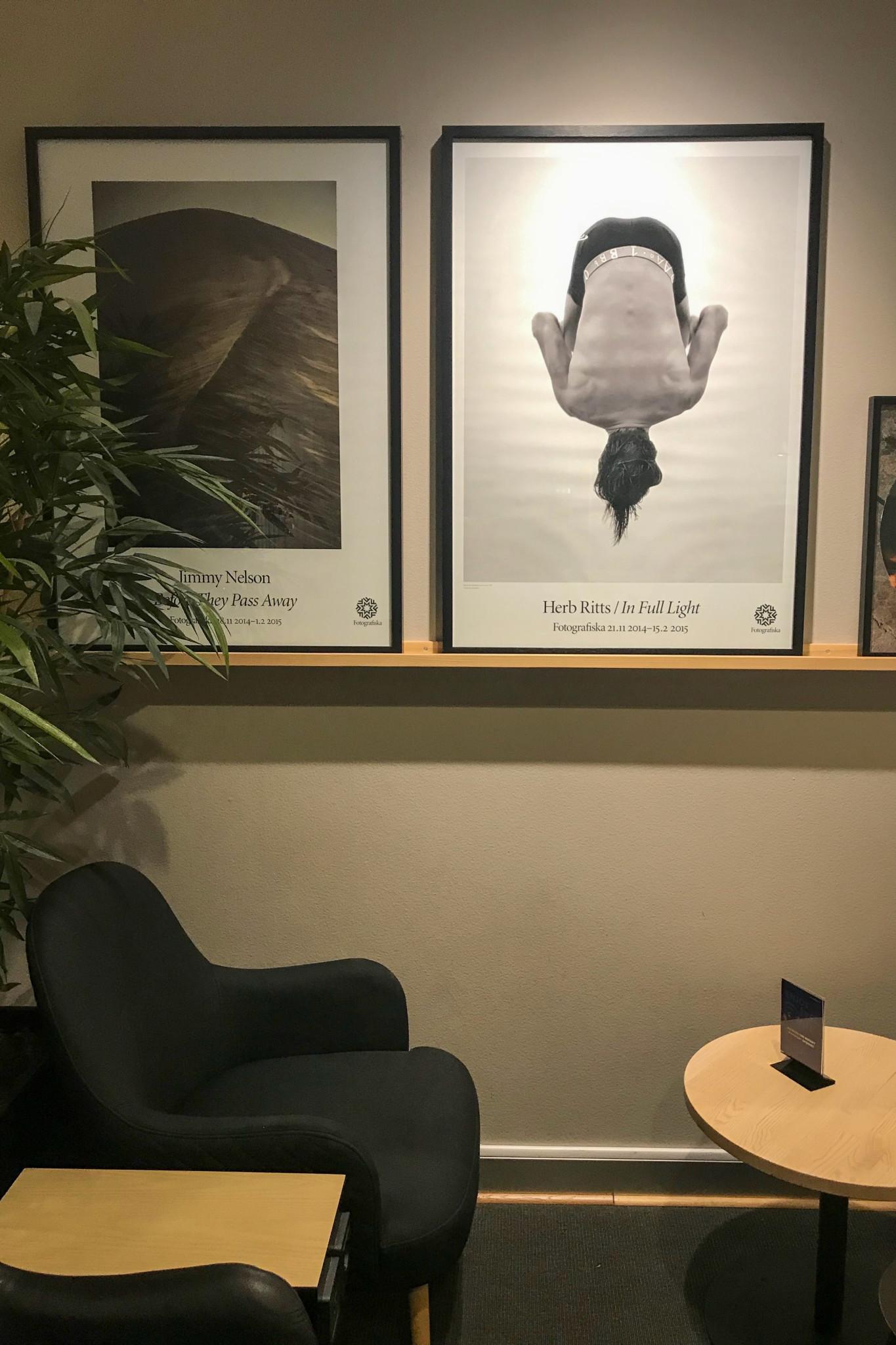 Moderne Sitzecke in der Business Class Lounge von SAS