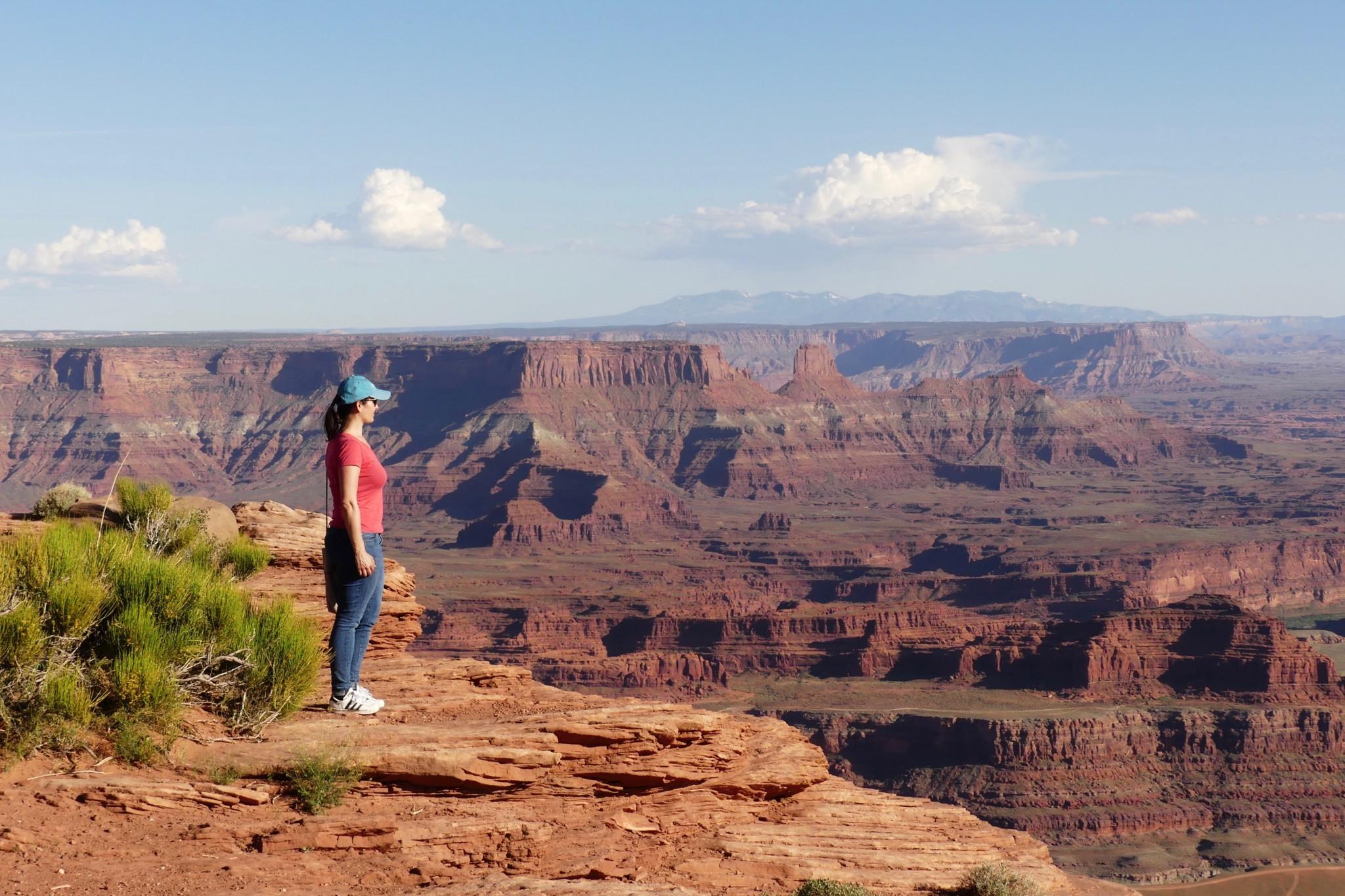 Andrea David, bekannte Instagrammerin von Filmtourismus am Mission Impossible Drehort in Utah