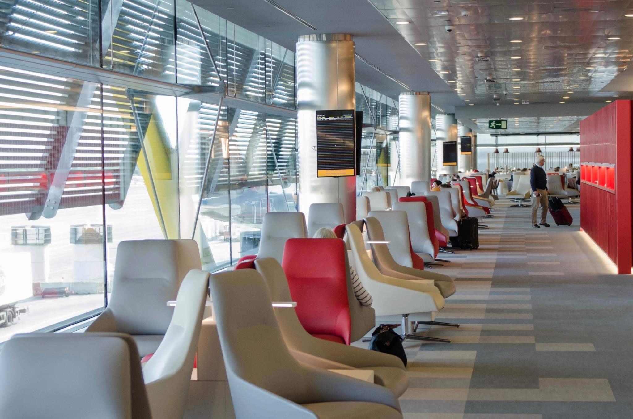 Iberia Business Lounge in Madrid