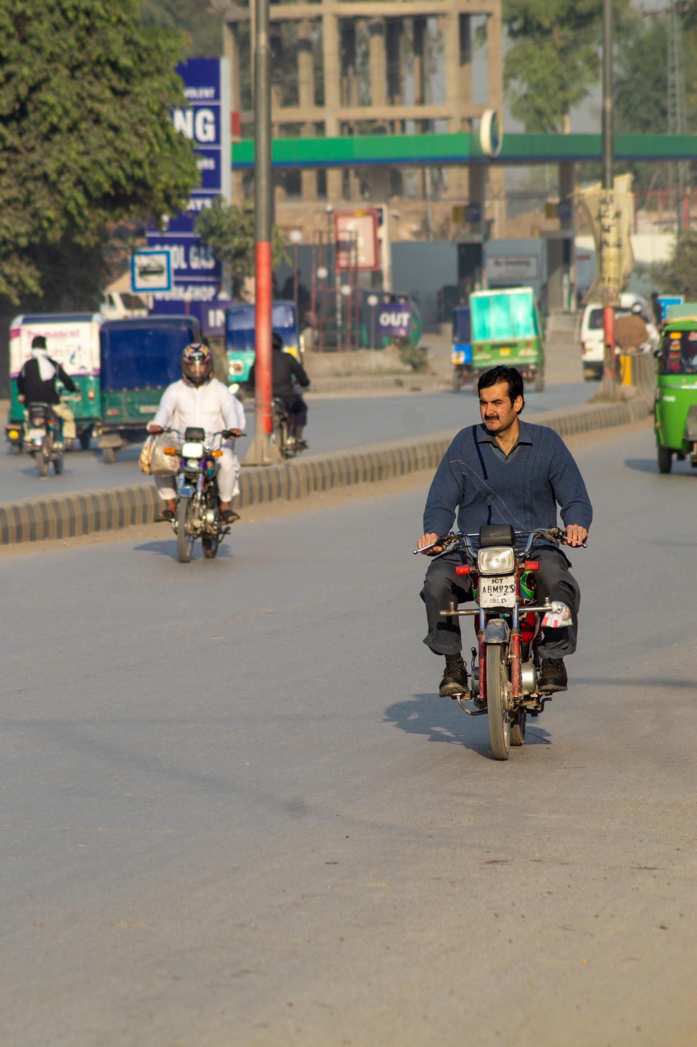 Mit dem Moped durch Pakistan