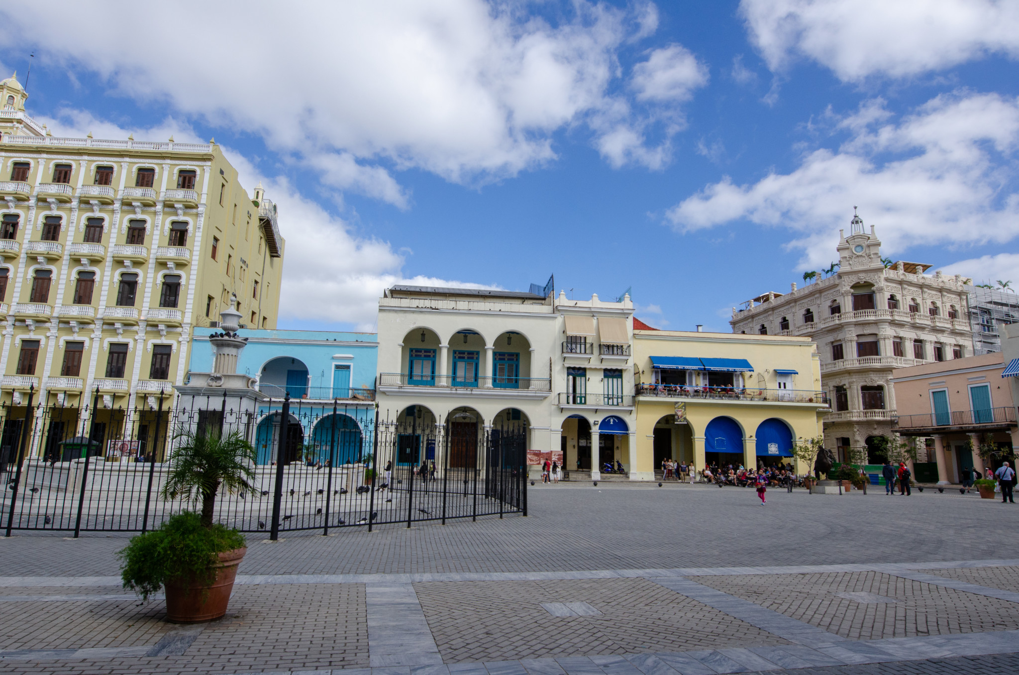 Die meisten Touristen findet man auf dem Plaza Vieja