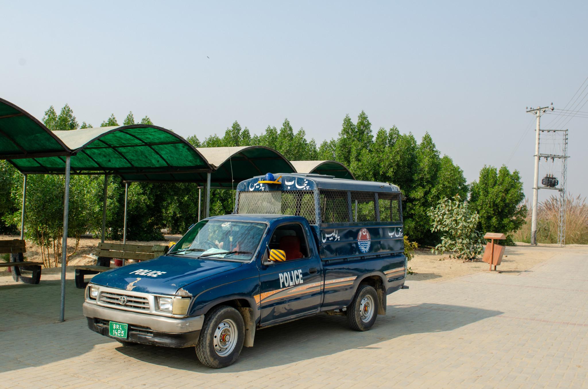 Polizeieskorte in Pakistan