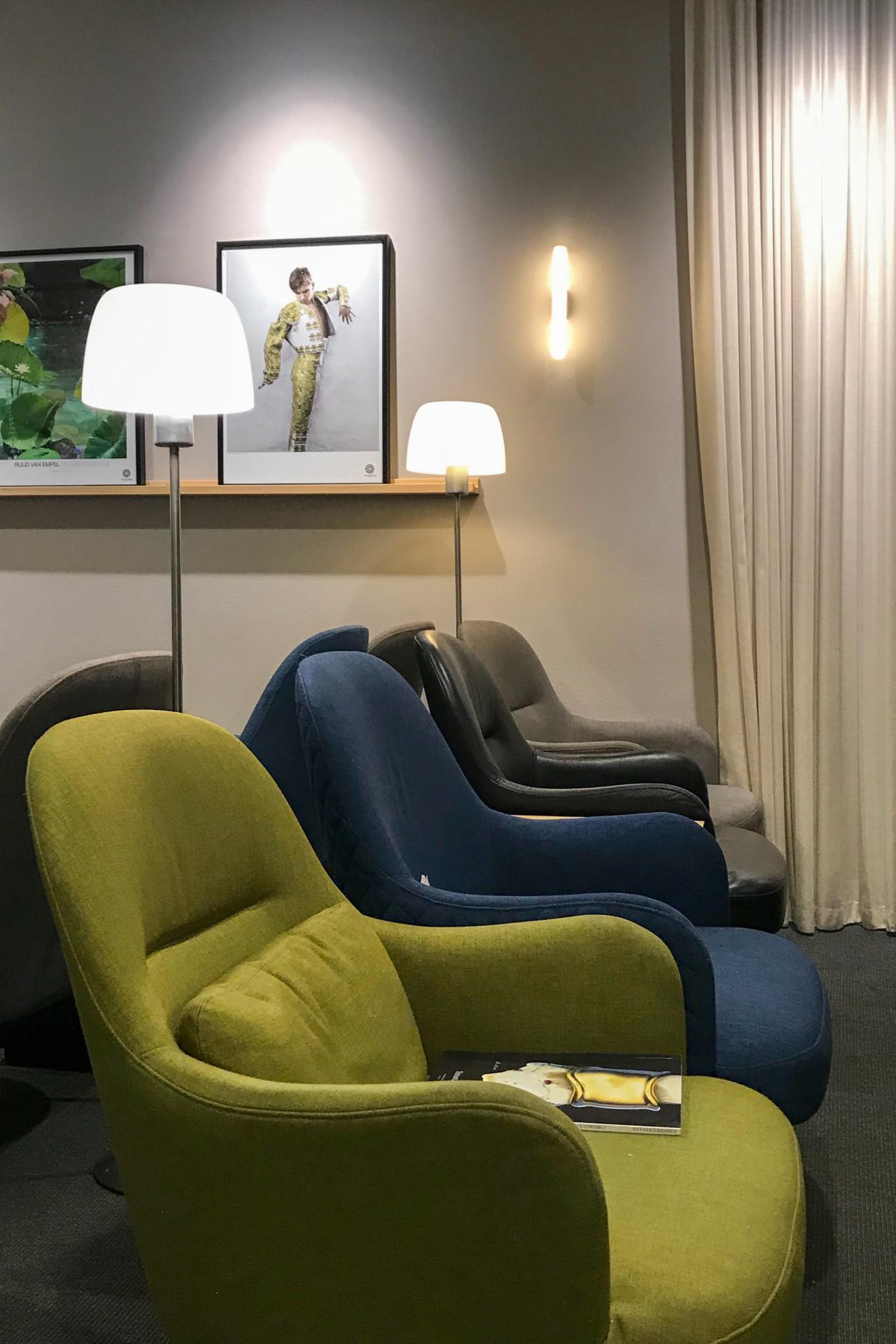 Sitzecke in der SAS Business Lounge in Stockholm