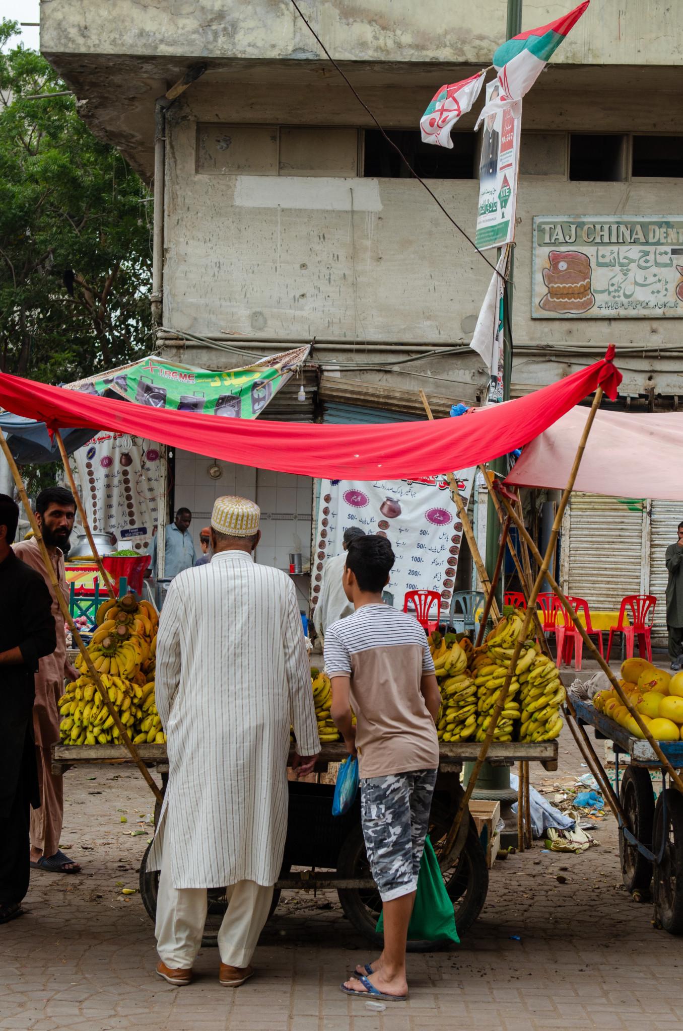 Karatschi Marktstand