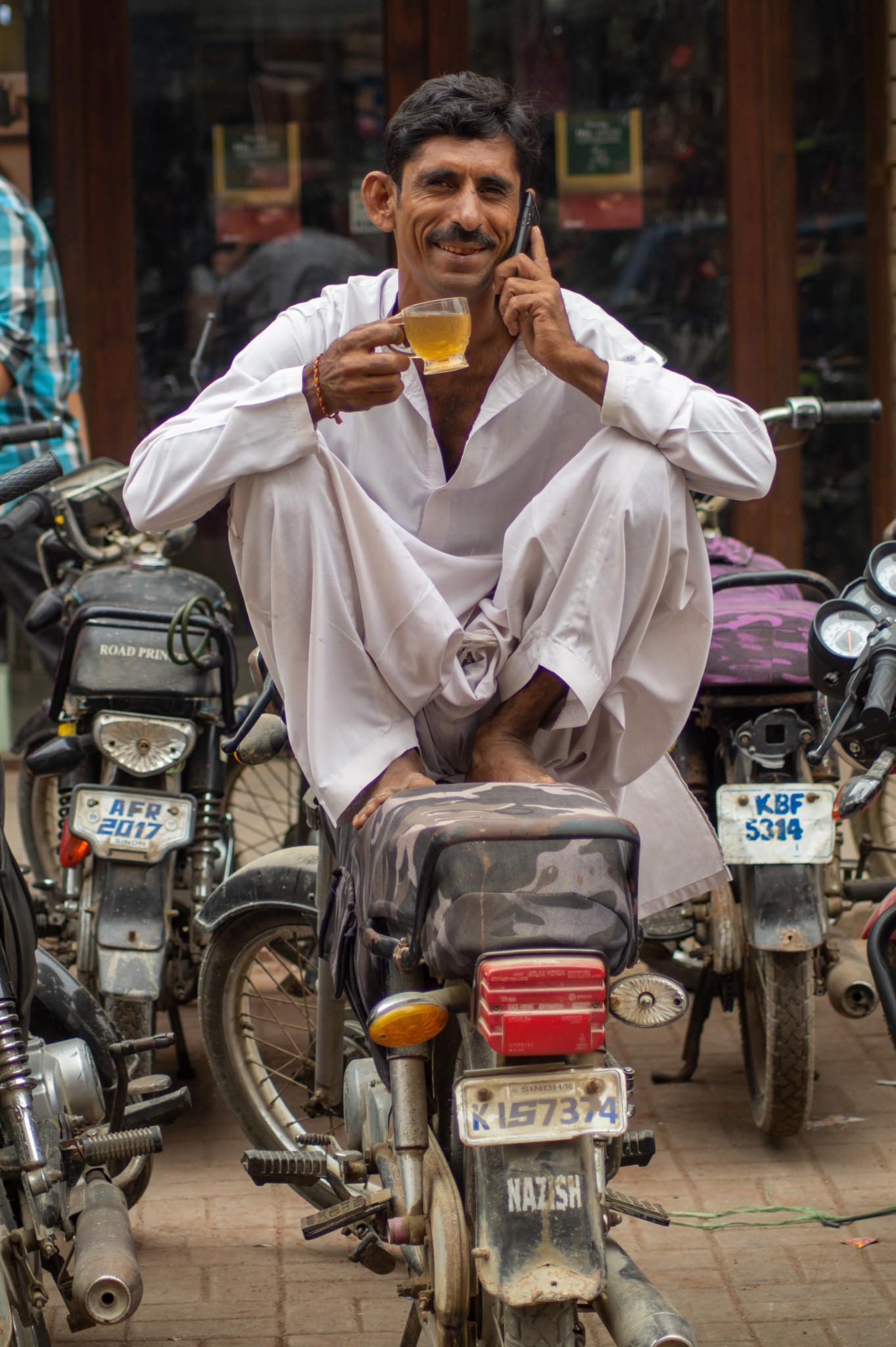 Tee in Pakistan