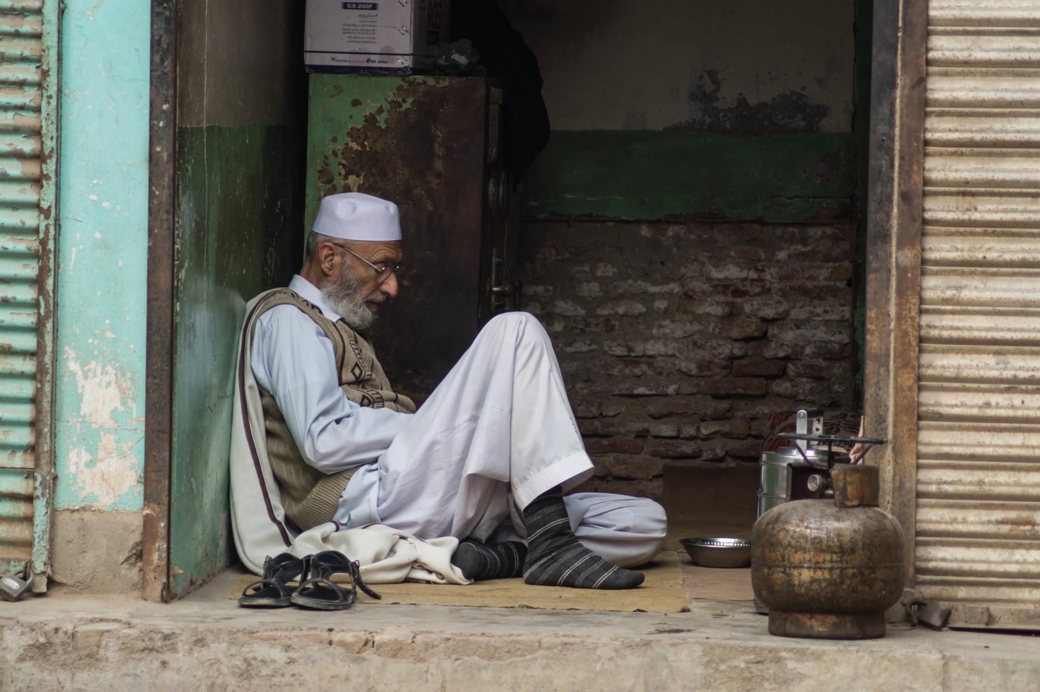 Teeverkäufer in Peschawar Pakistan