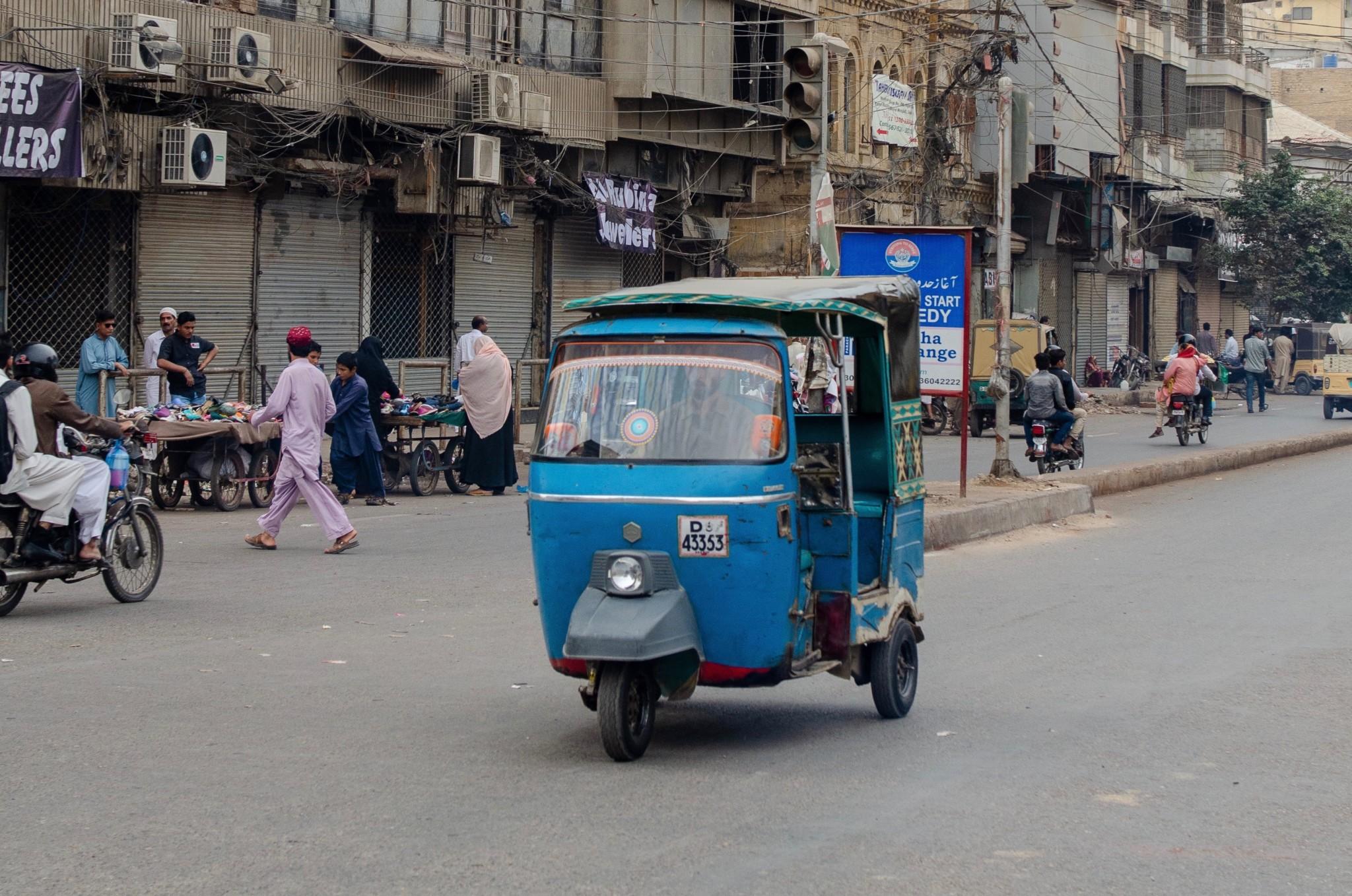 Pakistan Fortbewegung & Transportmittel: Tipps für Bus, Zug, Uber & Co.