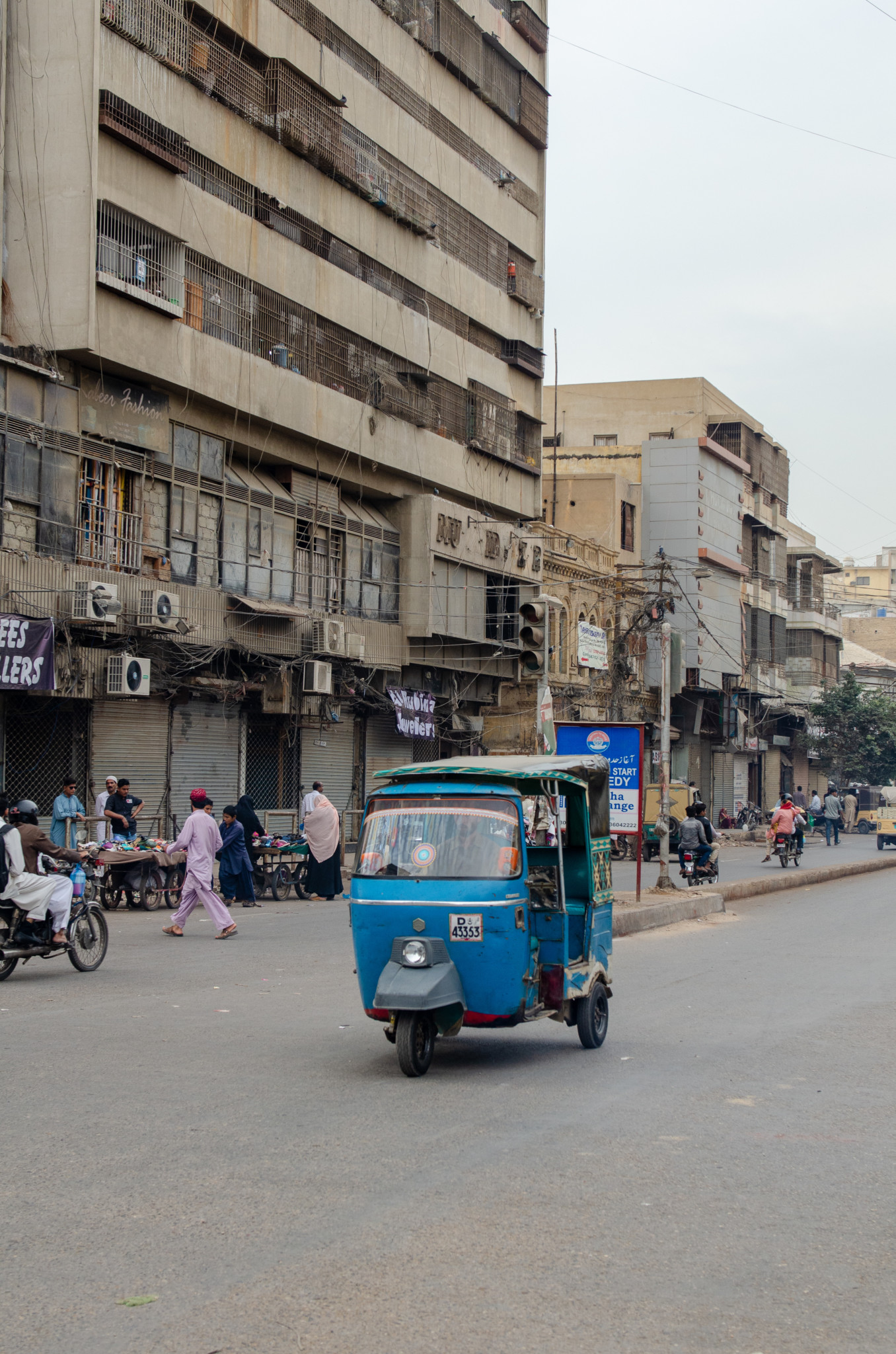 Mit dem Tuktuk klappt die Fortbewegung in Pakistan super