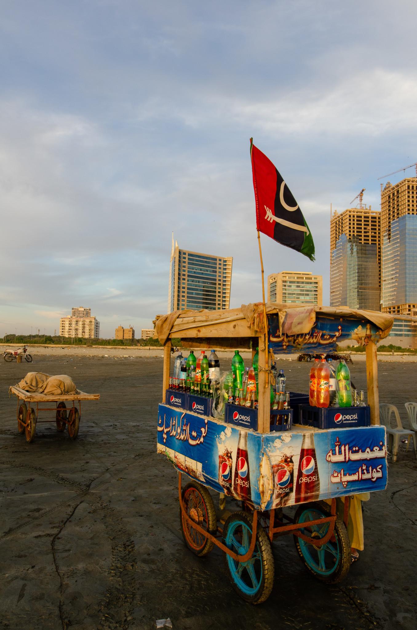 Verkaufsstand am Clifton Beach in Karatschi