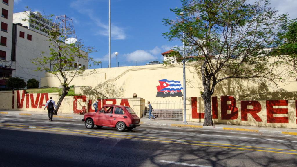 Wer in Kuba Internet sucht, findet es auf öffentlichen Plätzen