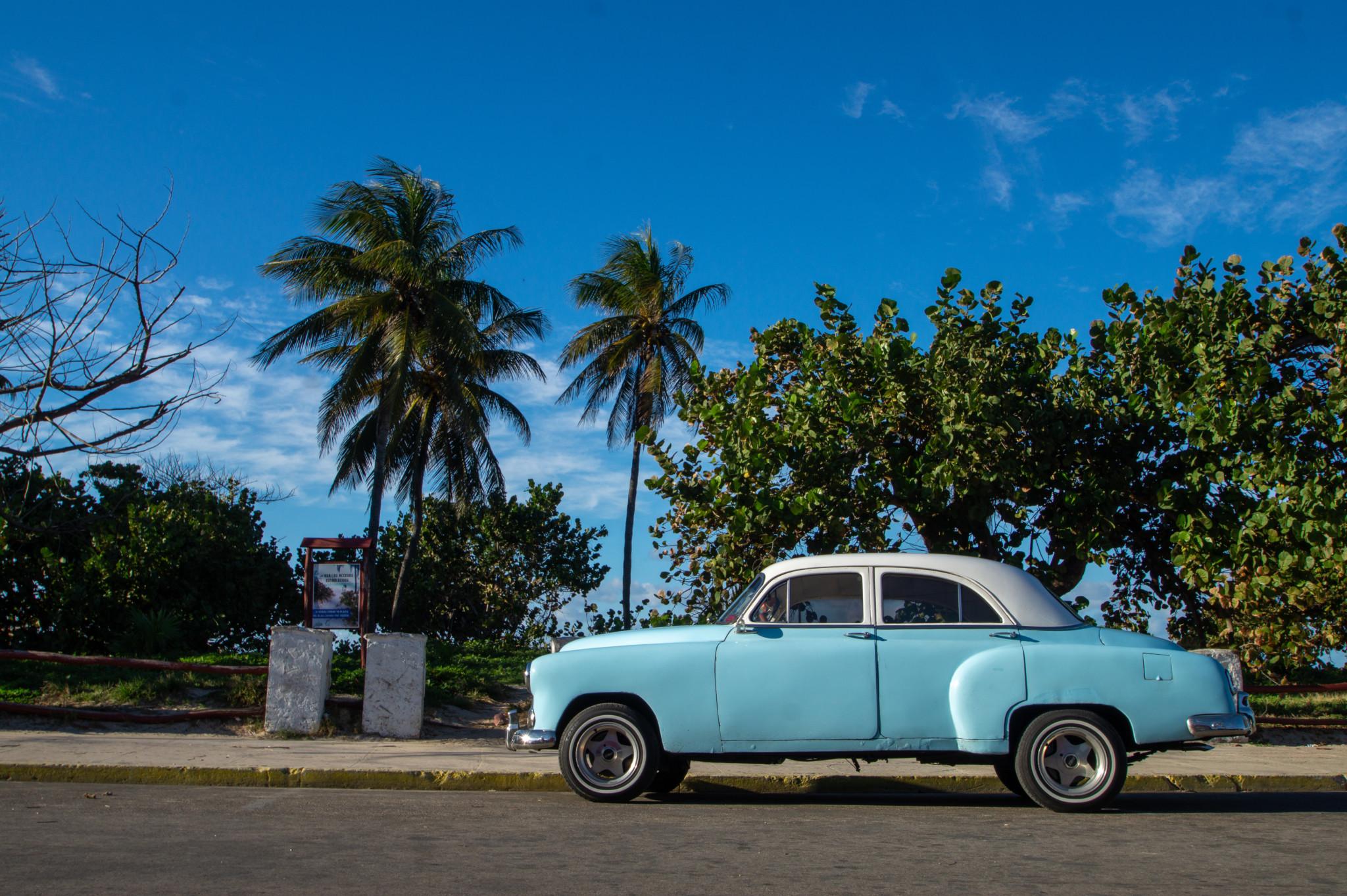 Mit dem Oldtimer an den Varadero Sehenswürdigkeiten vorbei