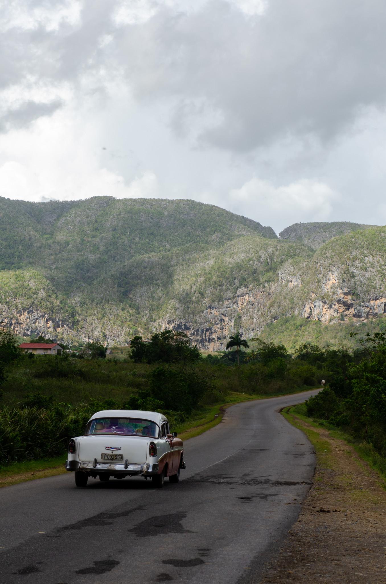 Im Oldtimer durch Kuba reisen
