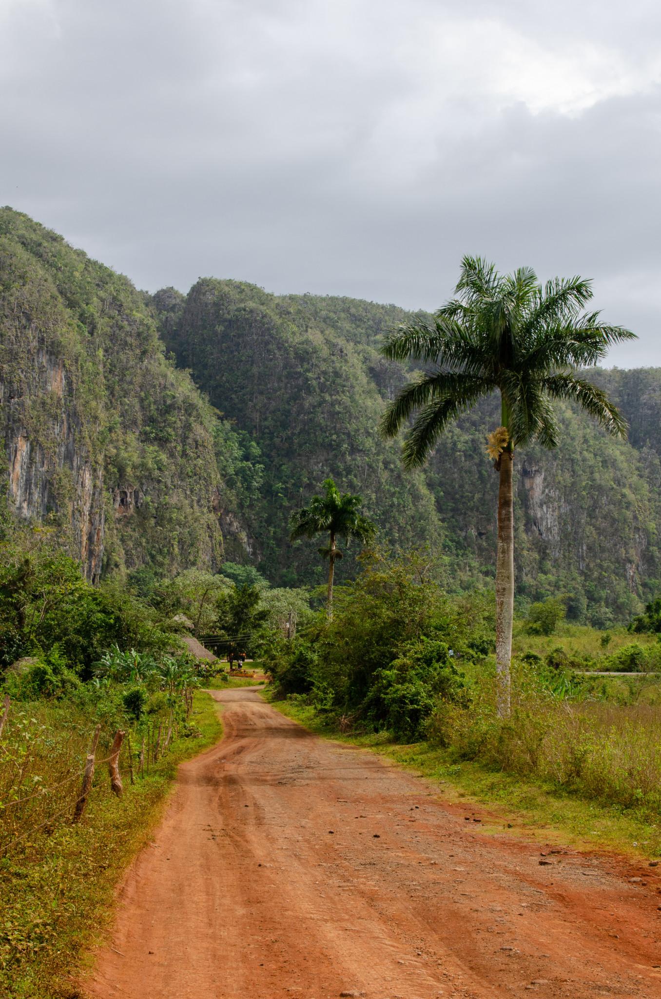 Unbefahrene Straße im Valle de Vinales