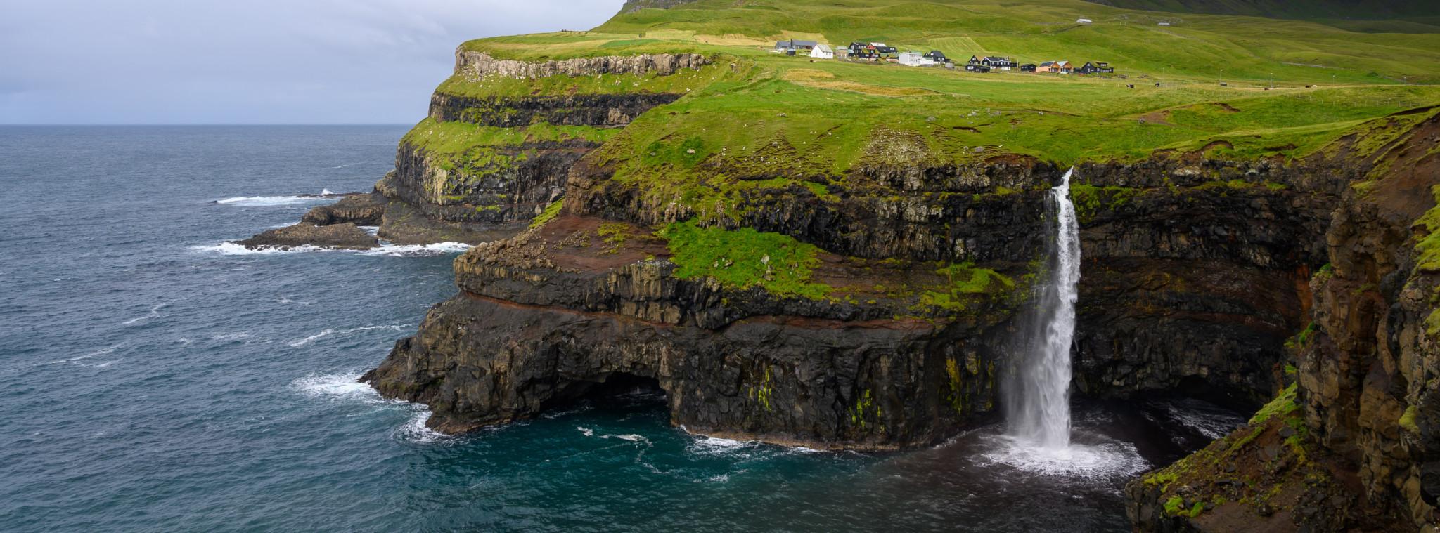 Gasadalur Wasserfall Färöer Inseln