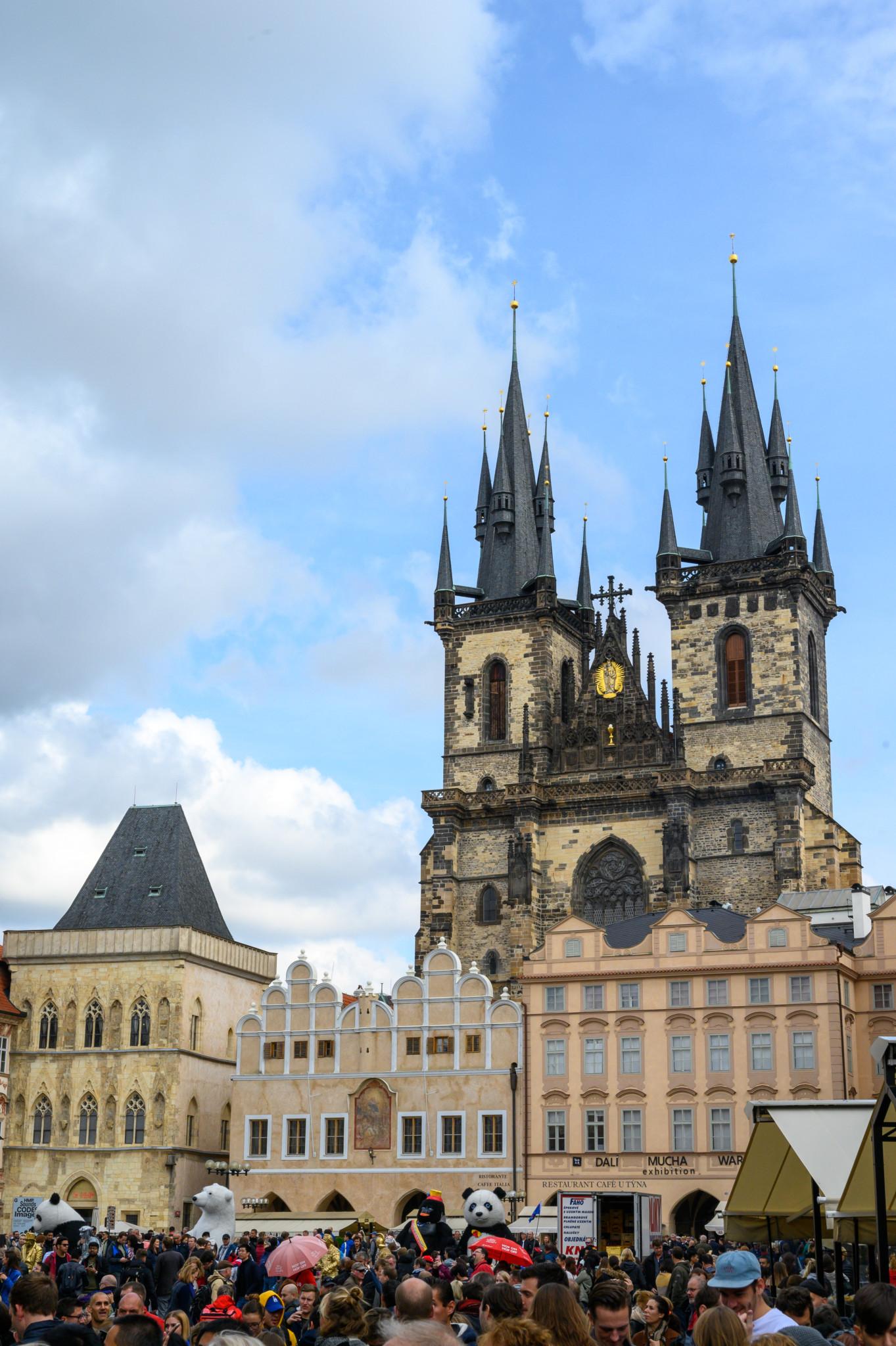 Das Altstädter Rathaus gehört zu den Prag Sehenswürdigkeiten