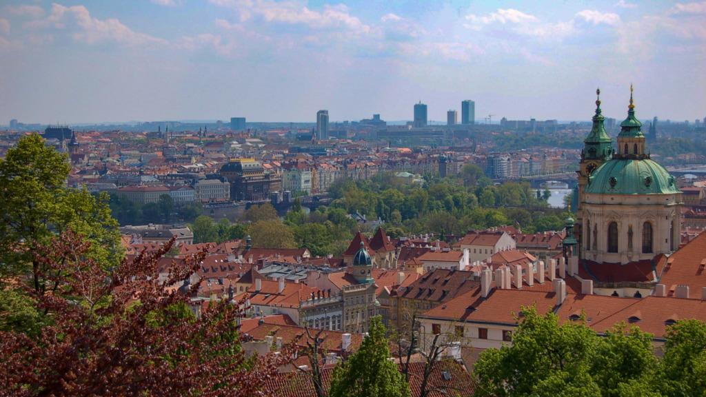 Ausblick über Prag im Frühling