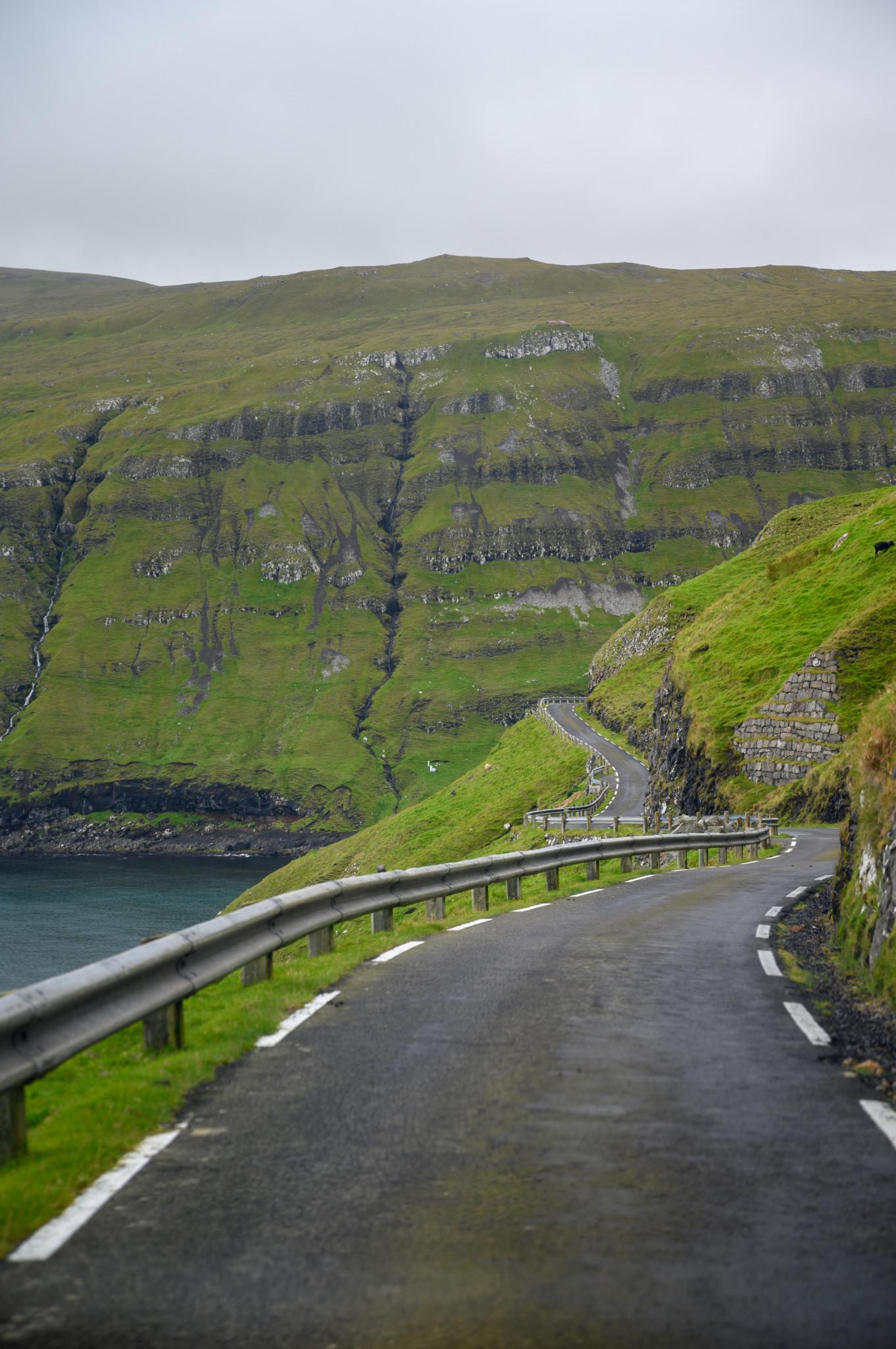 Straßen auf den Färöer Inseln