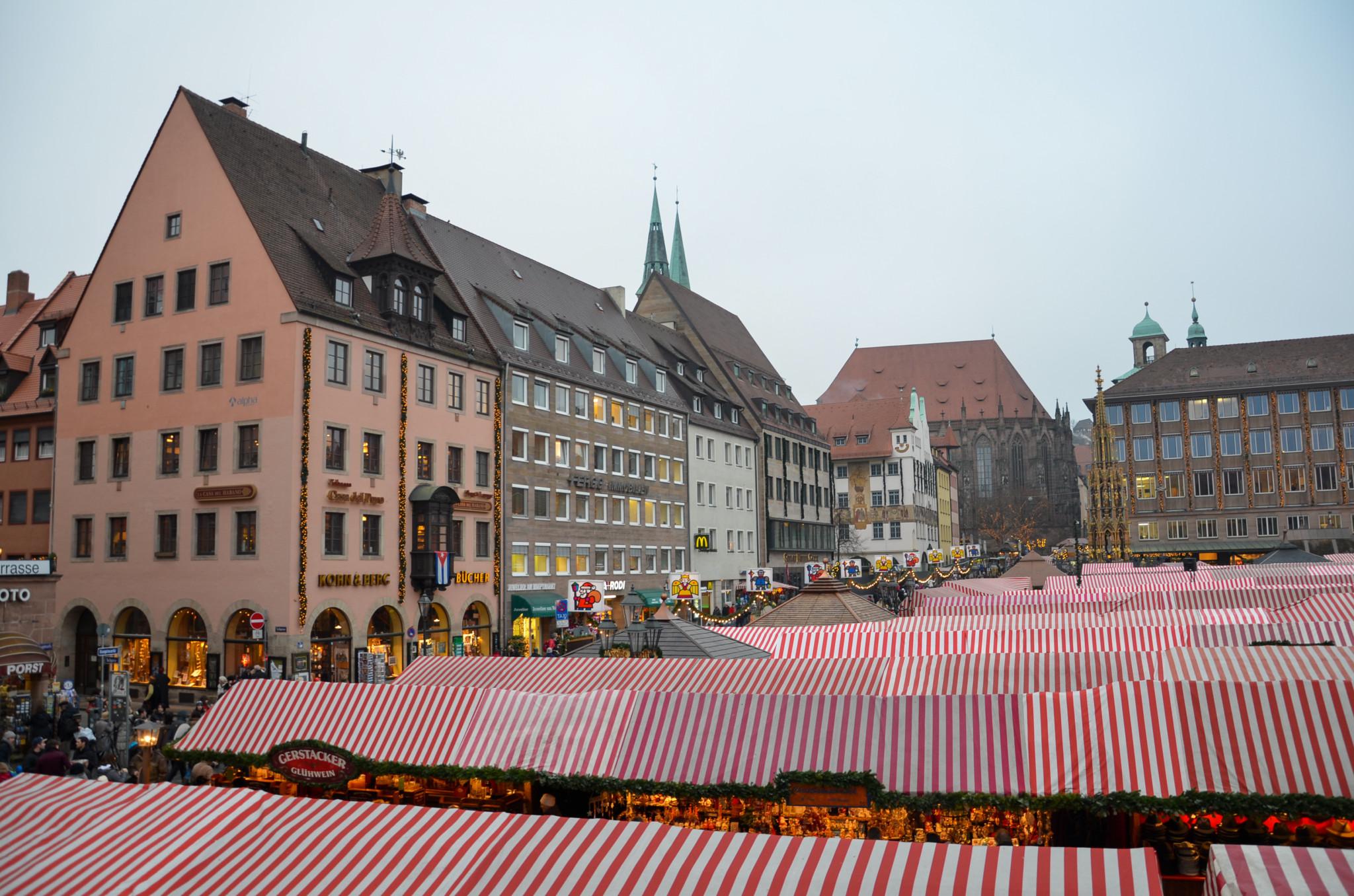 Nürnberger Weihnachtsmarkt von oben