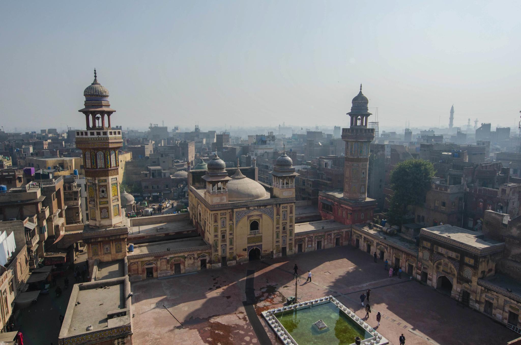 Innenhof der Wazir Khan Moschee