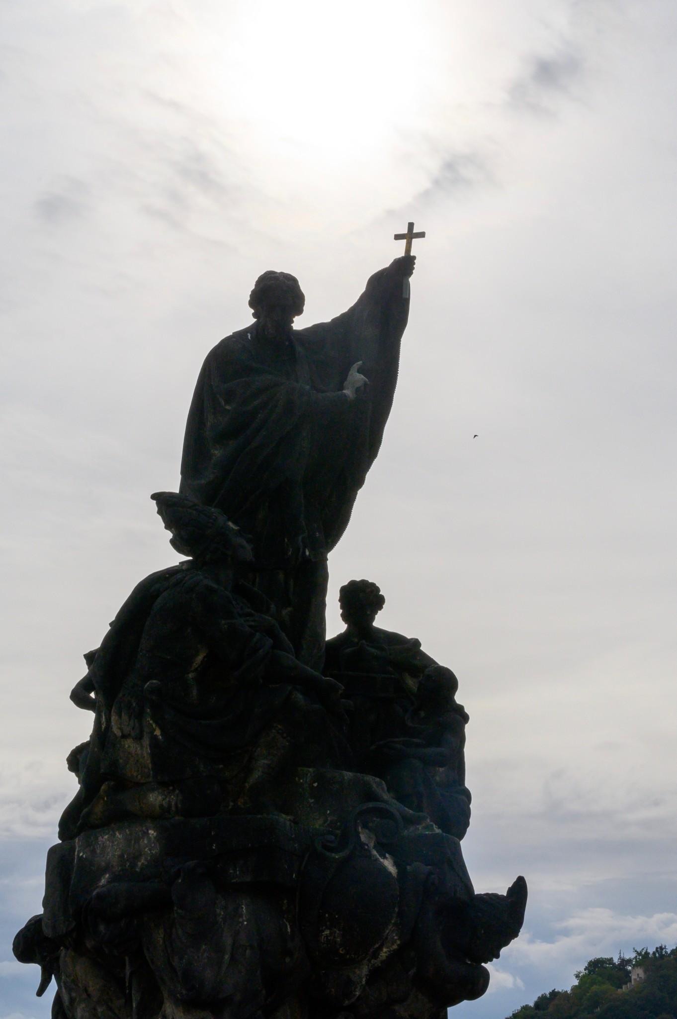 Statue auf der Karlsbrücke