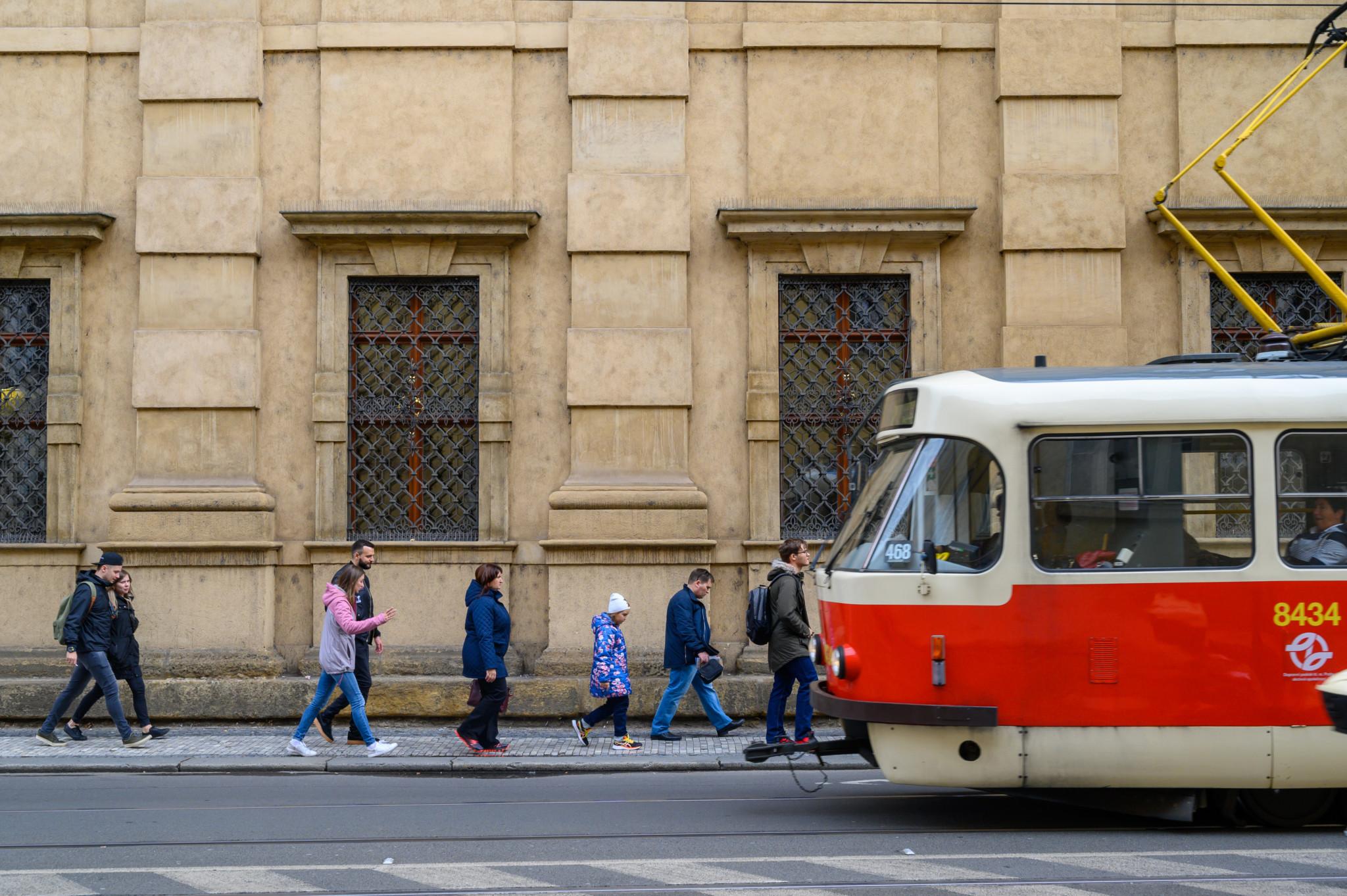 Zu unseren Prag Insider Tipps gehört sicher auch die Fahrt mit der Straßenbahn