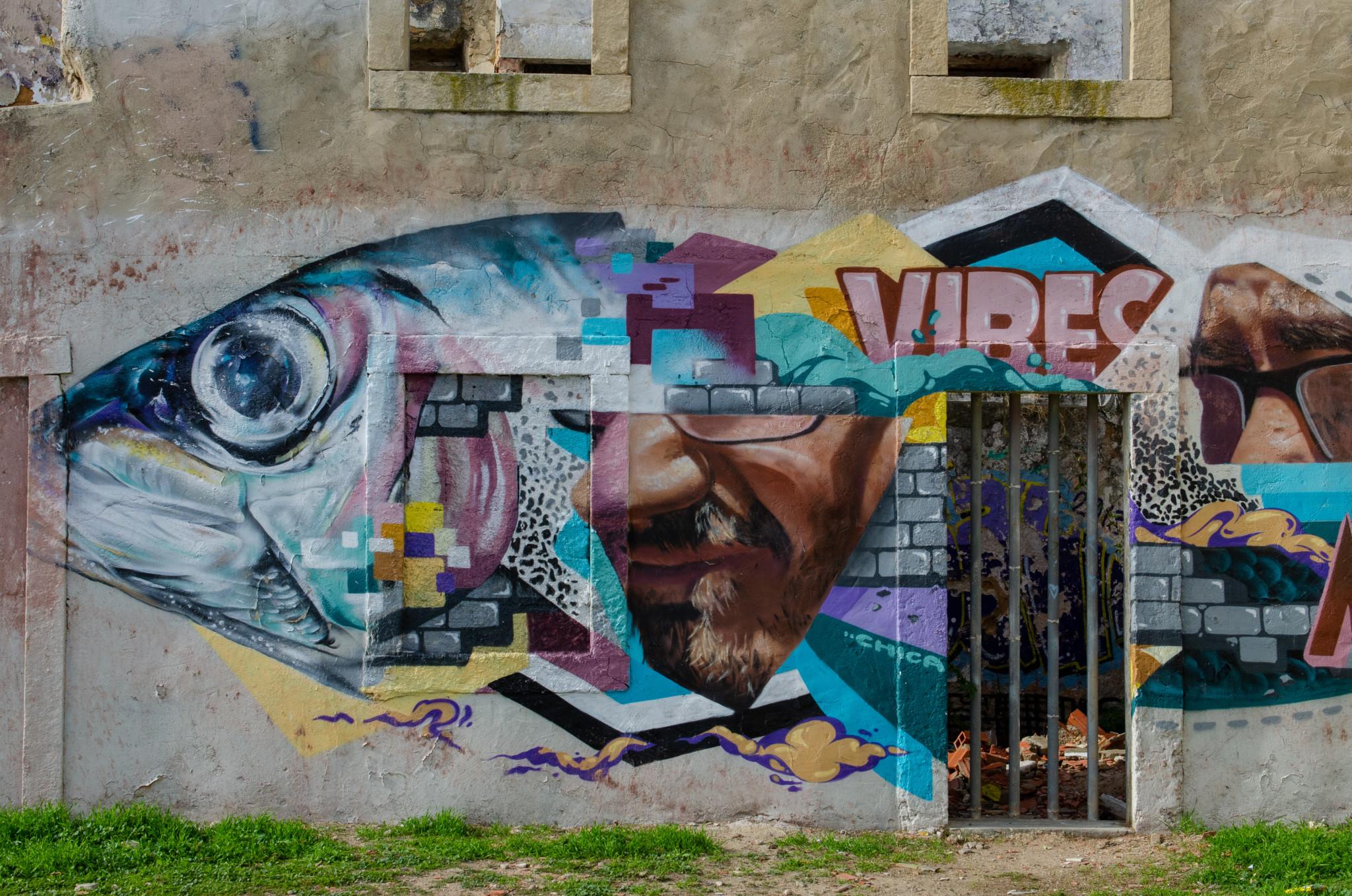 Unser Lissabon Geheimtipp ist diese kleine Streetart-Hintergasse