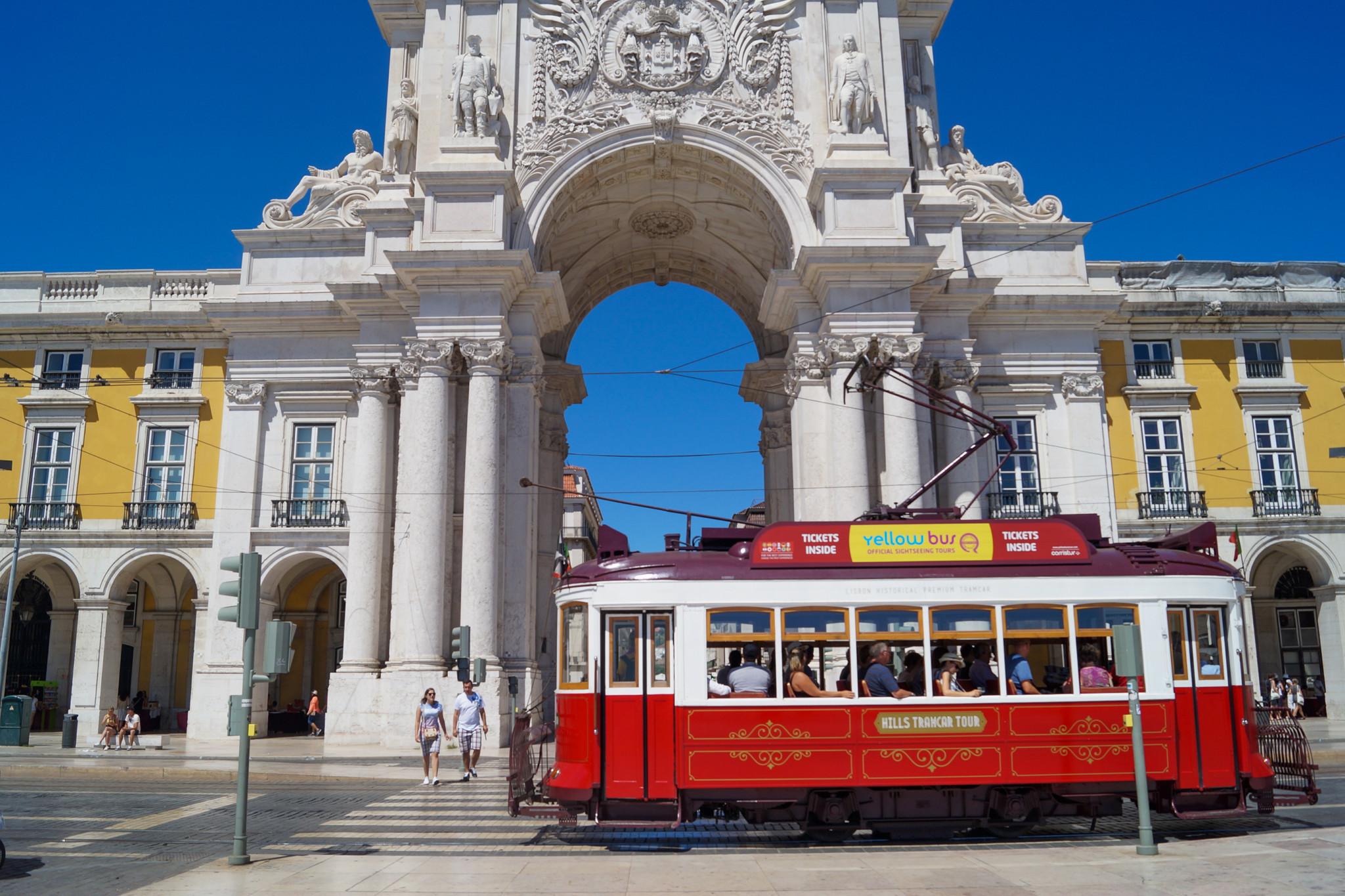Sehenswürdigkeiten in Lissabon mit der Tram erkunden