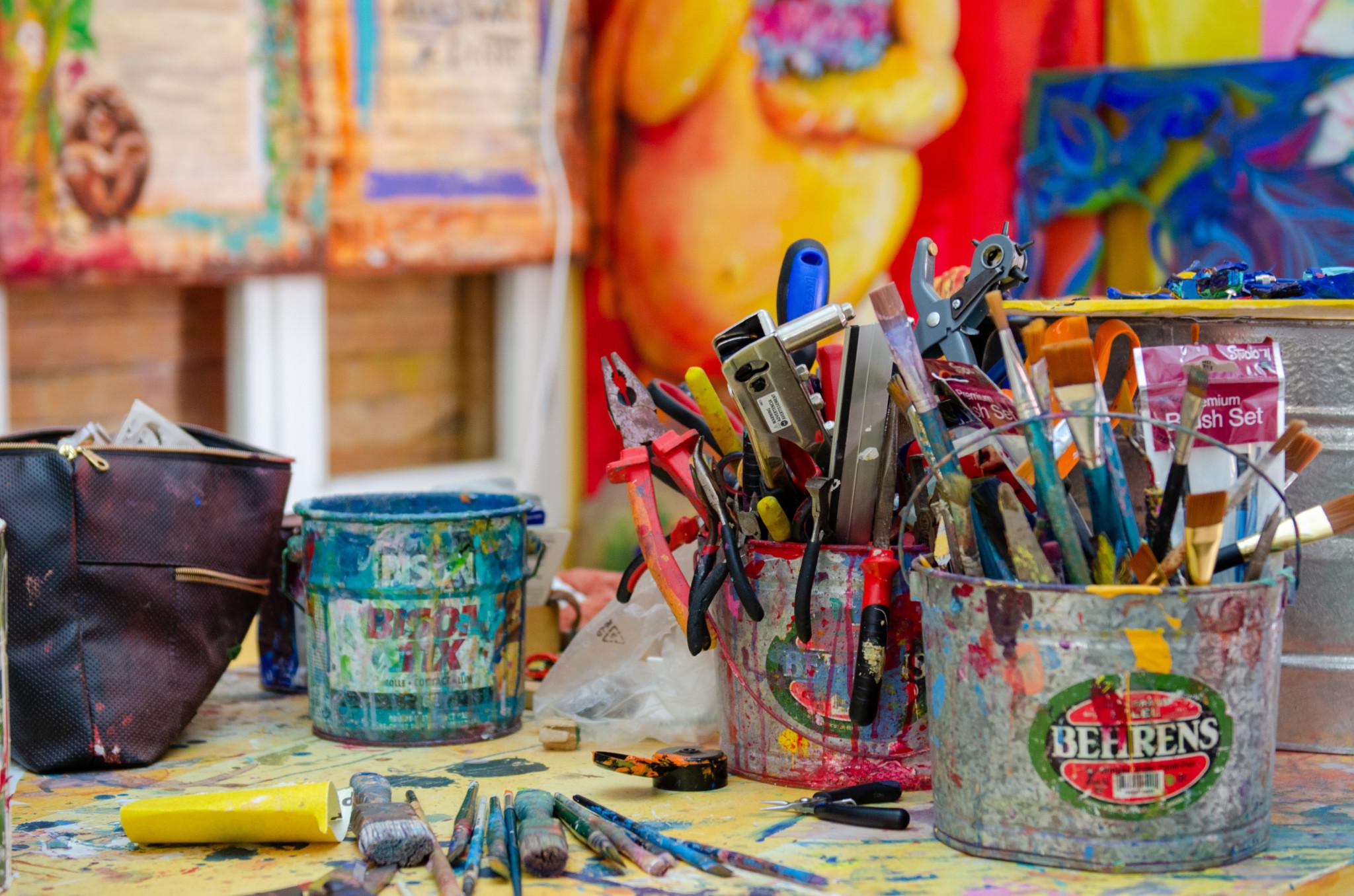 Werkzeuge im Atelier von Francis Sling