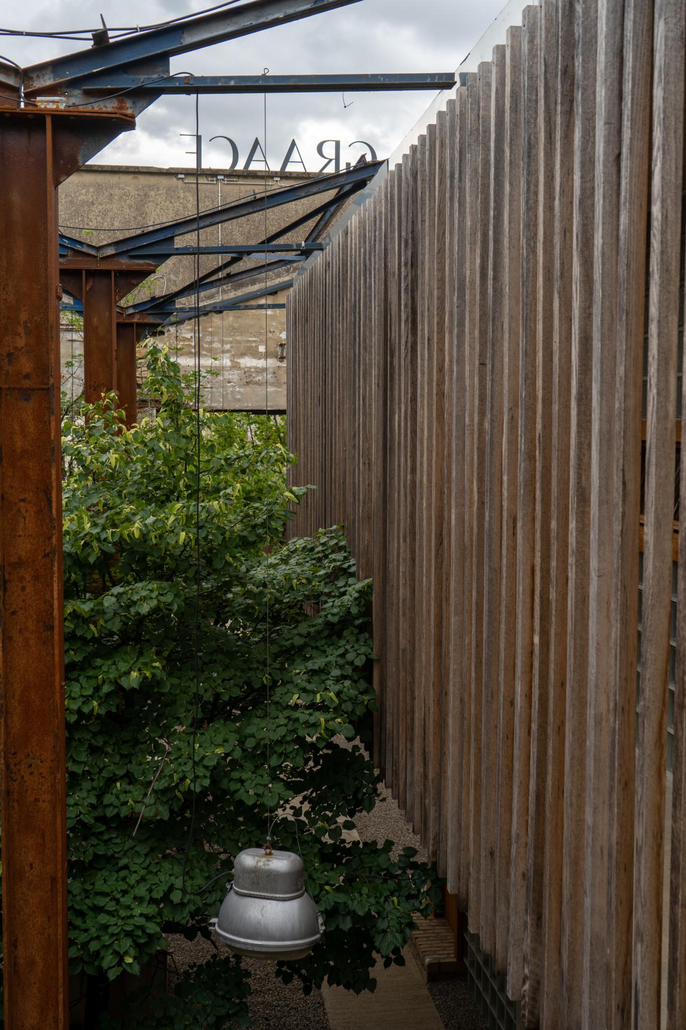 Holz im neuen Boutique Hotel in Luxemburg Stadt