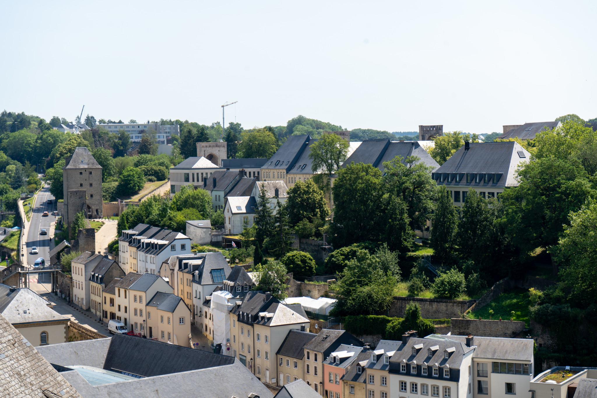 Panorama über Luxemburg Stadt von der Corniche aus
