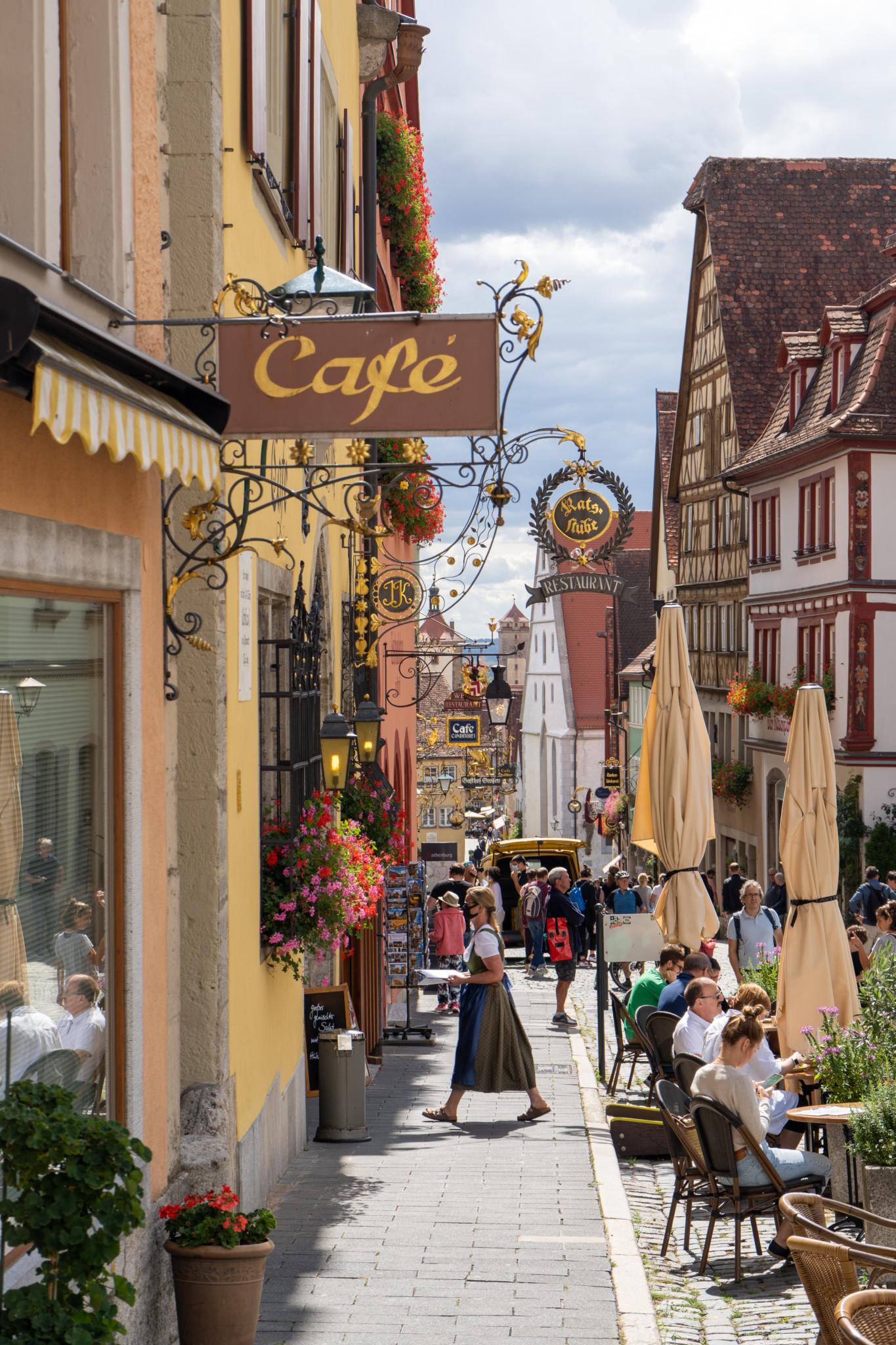 Café mitten auf dem Marktplatz