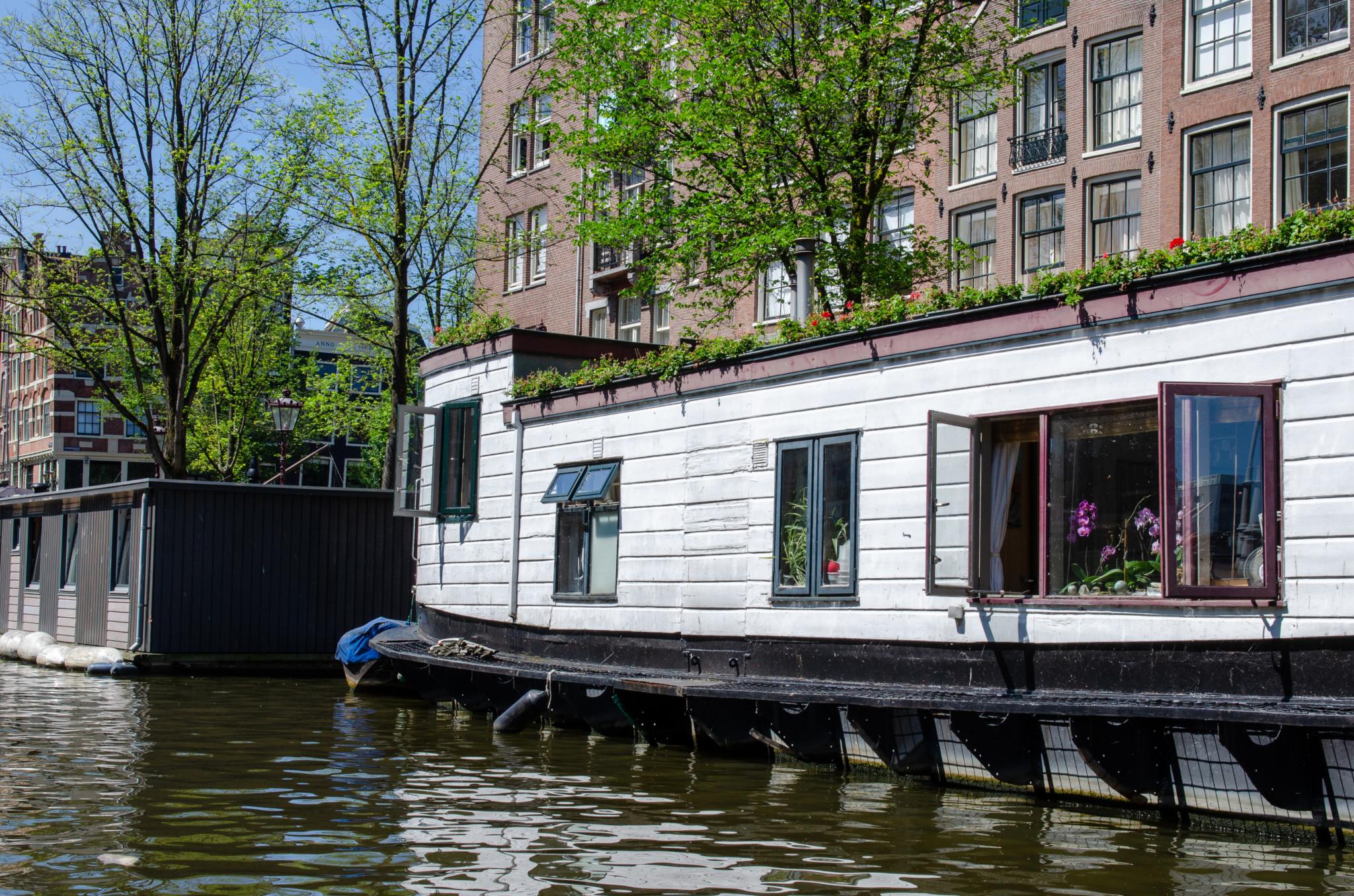 Hausboote sind in Amsterdam nicht günstig