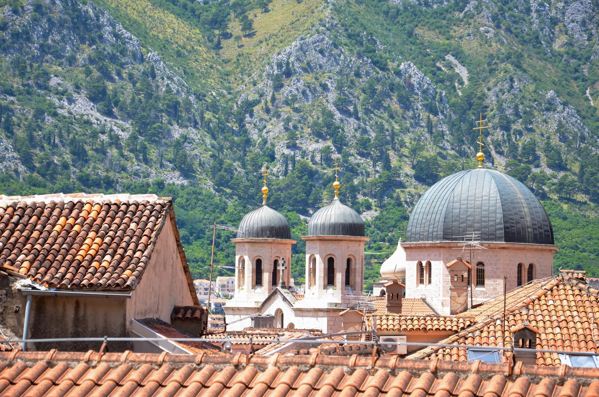 Die Sankt Nikolaus Kirche in der Bucht von Kotor