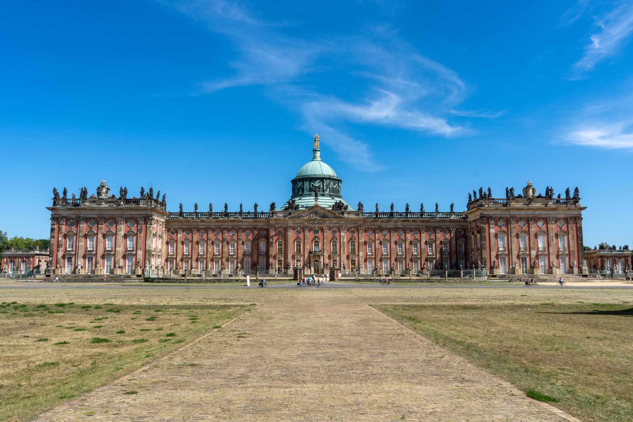 Das Neue Palais gehört zu den wichtigsten Potsdam Sehenswürdigkeiten
