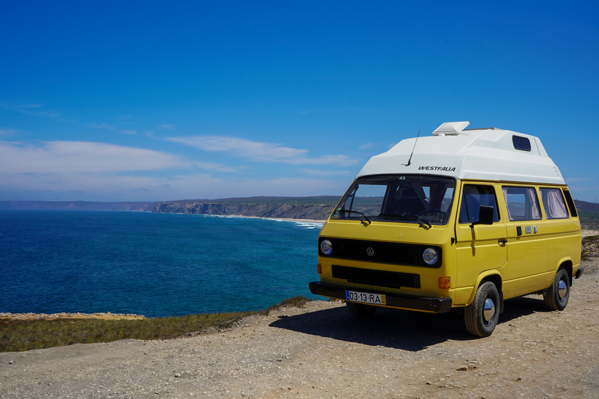 Super Aussicht an der Küste von Monte Clerigo