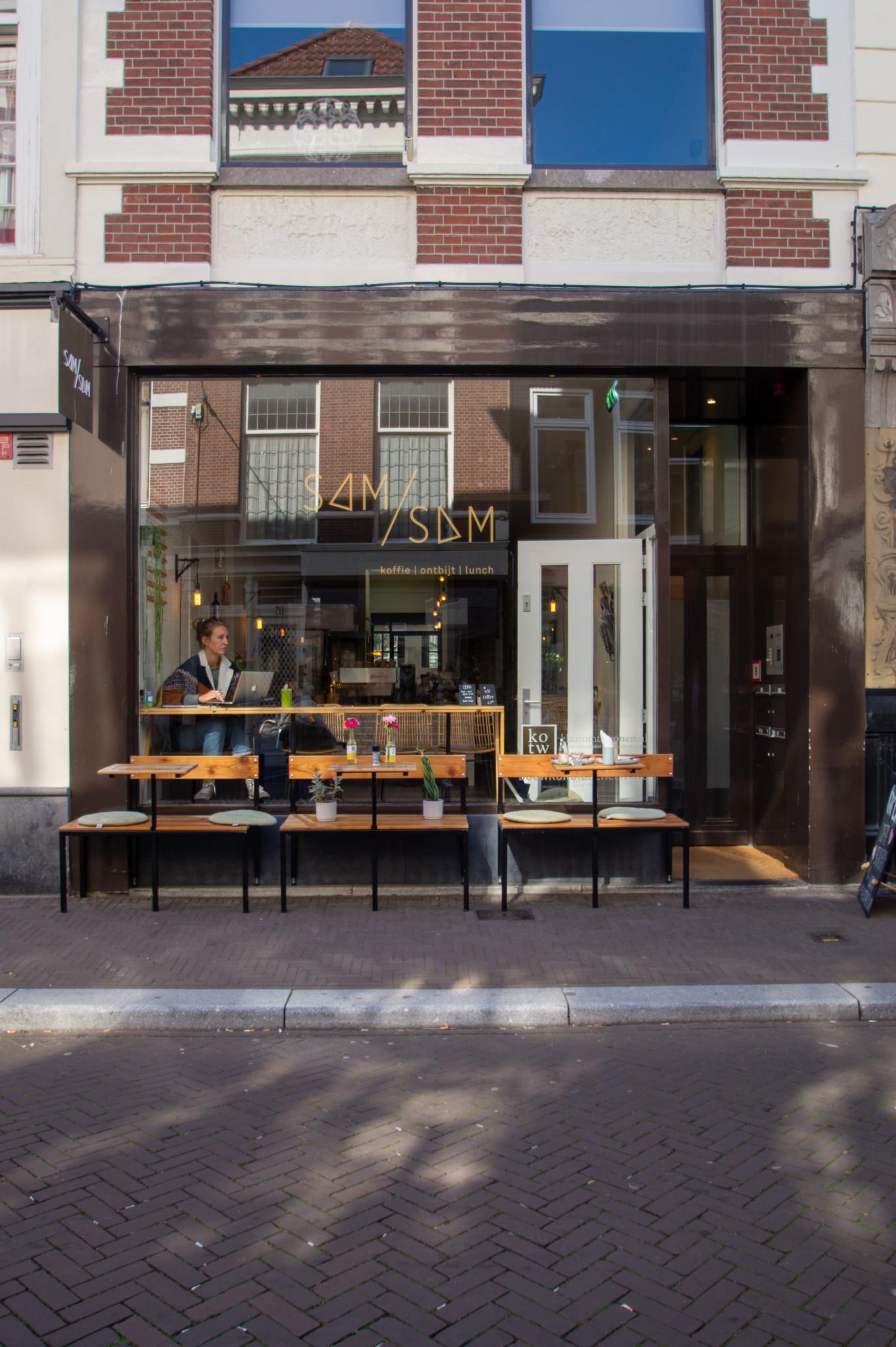 Hübsches Café in Den Haag