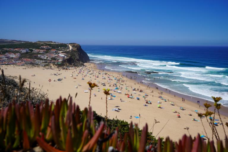 Die 14 schönsten Strände in Portugal: Von Porto bis an die Algarve