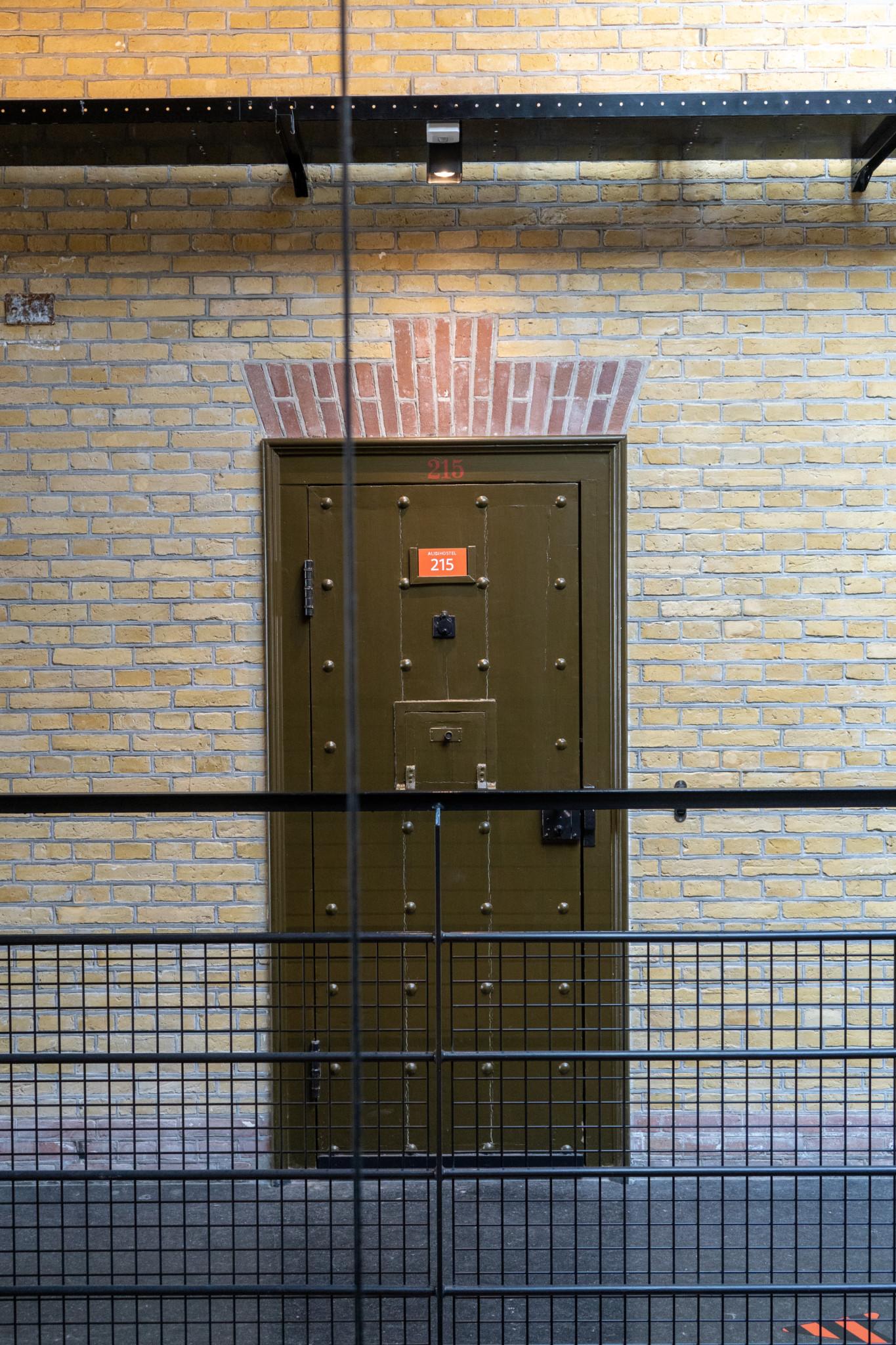 Tür zu den Zellen in Leeuwarden