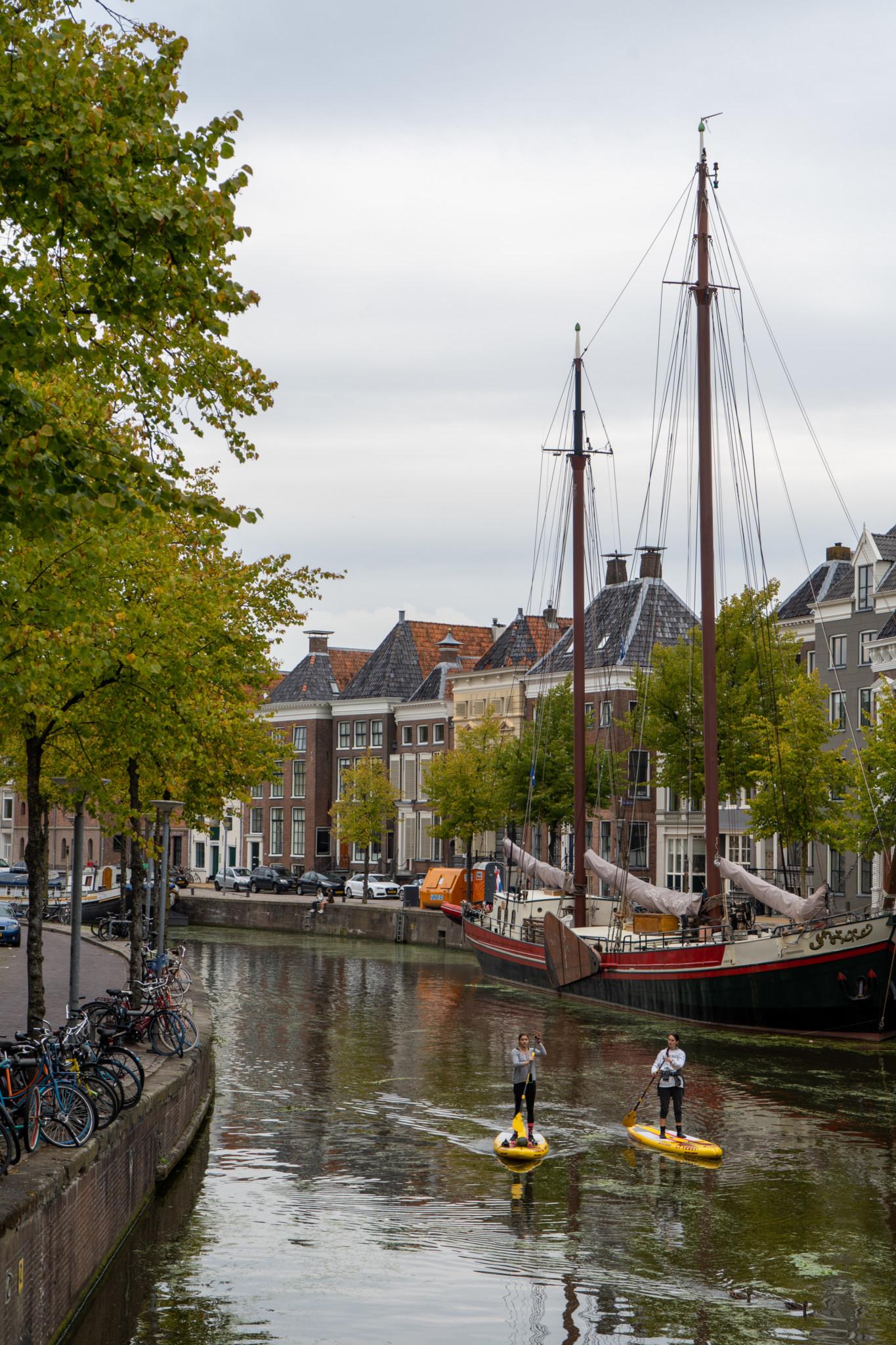 Schiffe in der Hoge der A in Groningen