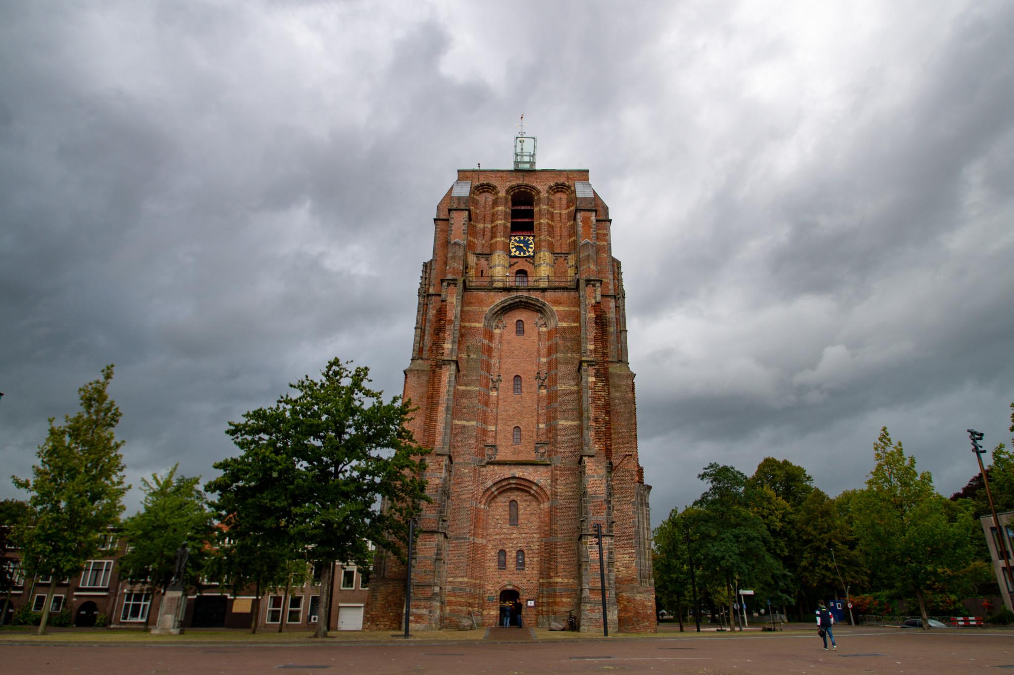 Schiefer Turm Oldehove in Leeuwarden