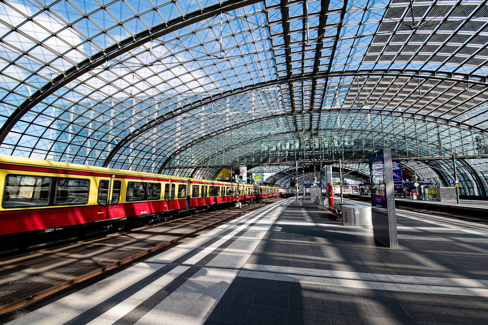 Anreise zum Flughafen Berlin zum Hauptbahnhof