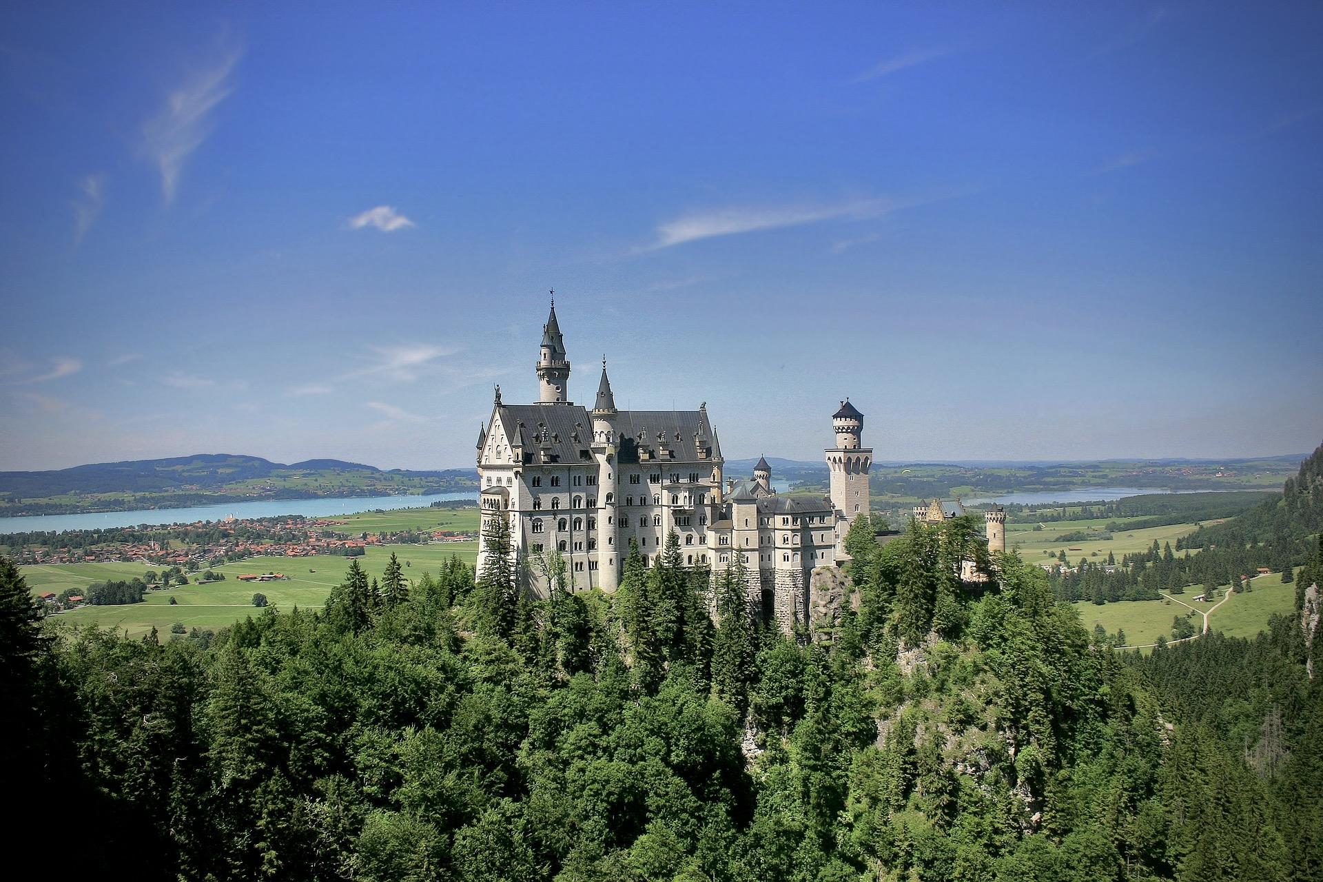 Schloss Neuschwanstein ist ein Tipp unter den Ausflugszielen Bayerns