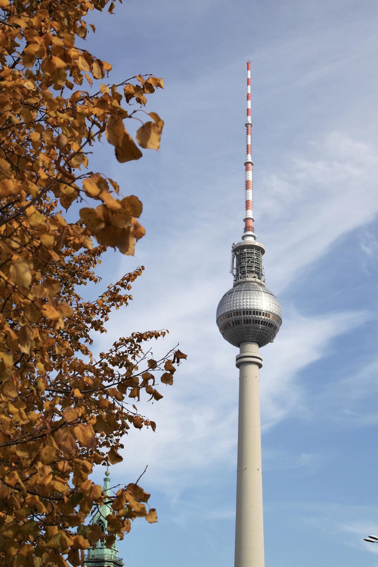 Berliner Fernsehturm im Januar
