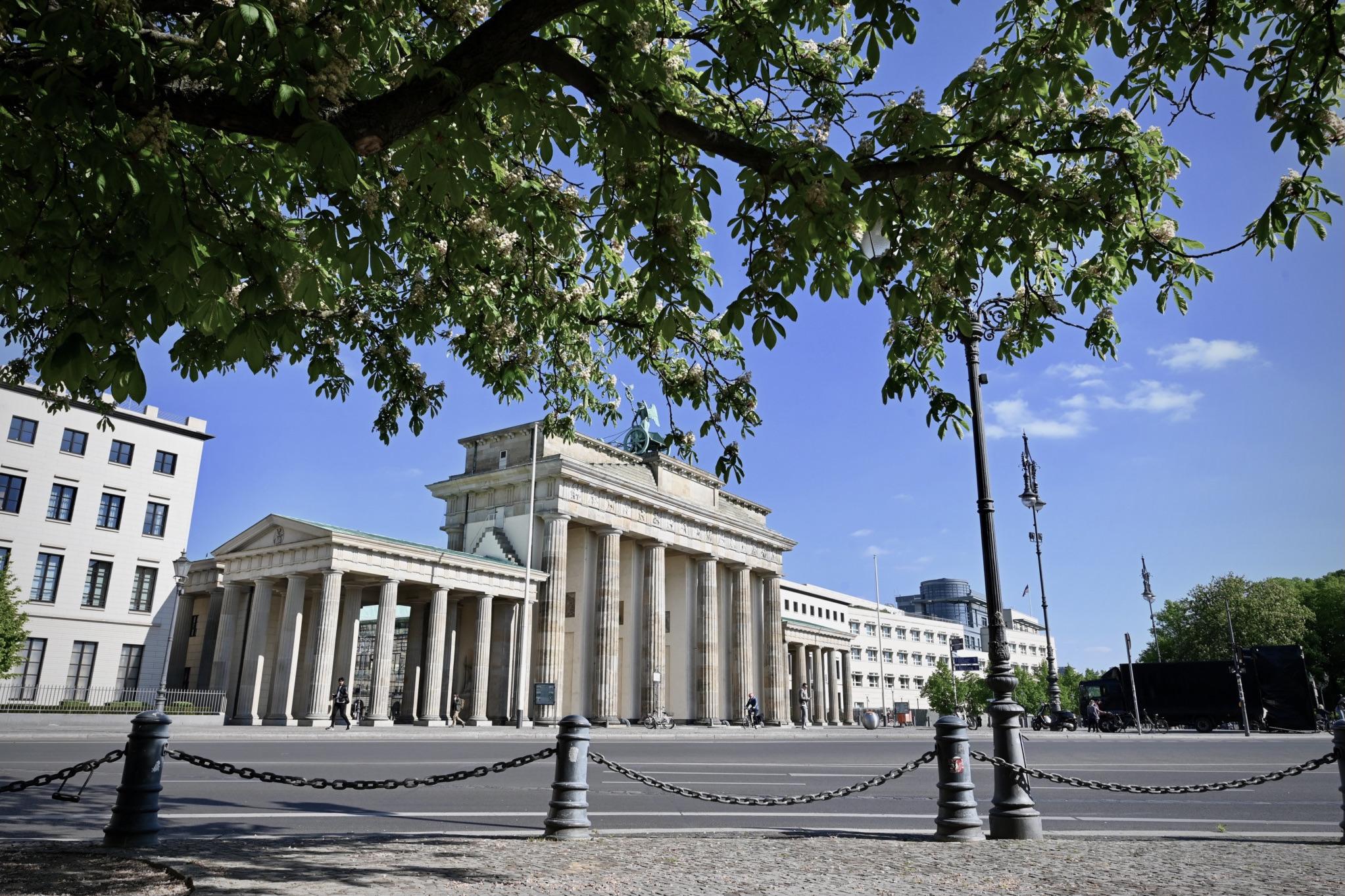 Das Brandenburger Tor in Berlin ist eine der wichtigsten Deutschland Sehenswürdigkeiten