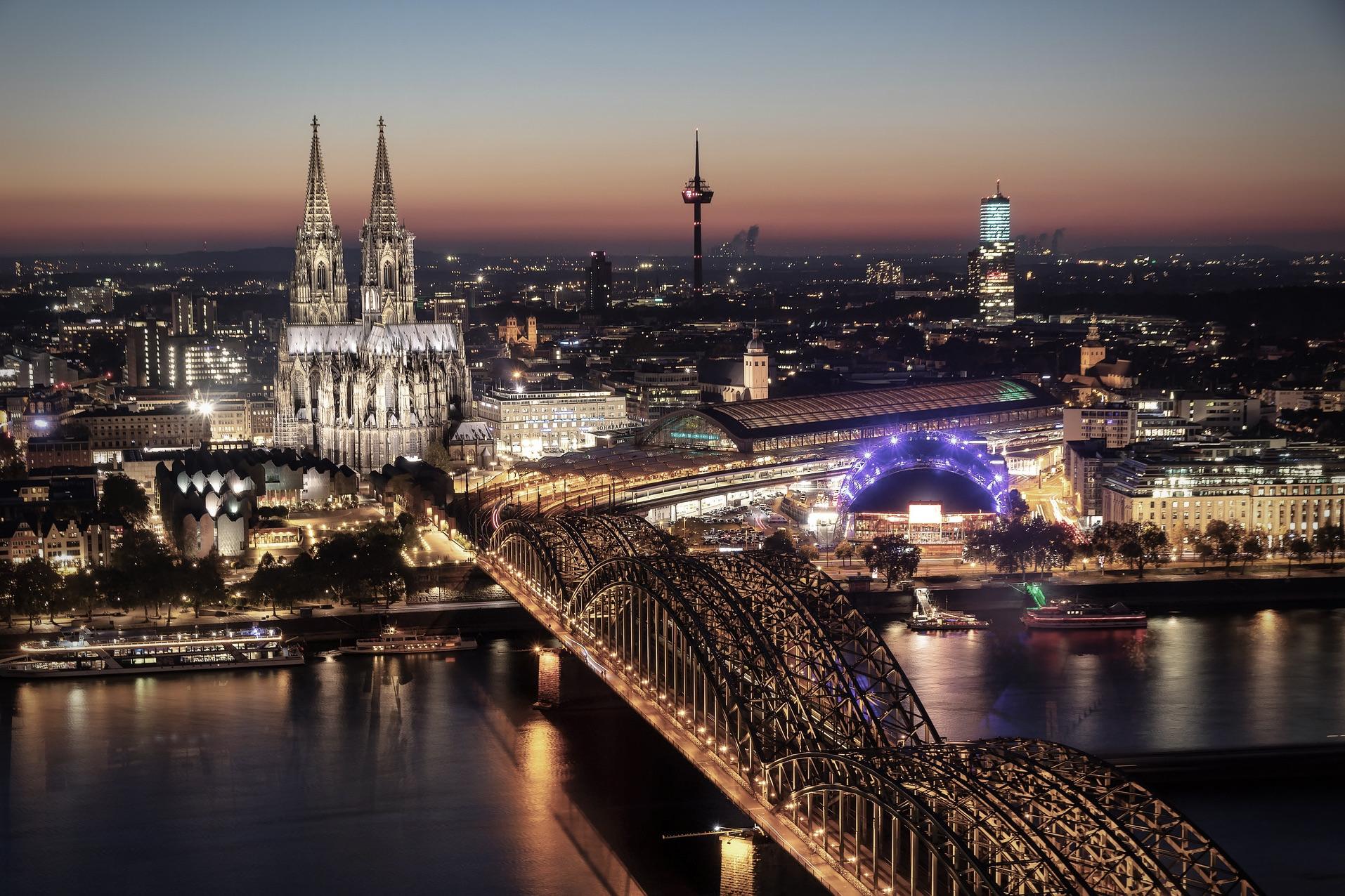 Der Kölner Dom zählt zu den besten Deutschland Sehenswürdigkeiten