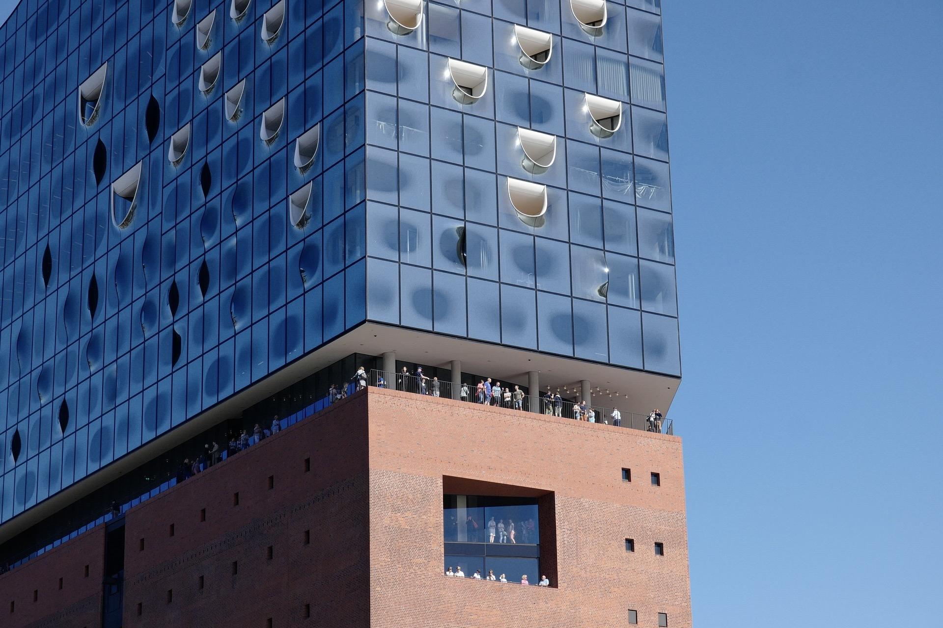 Ein Besuch der Elbphilharmonie gehört zu den besten Hamburg Insider-Tipps