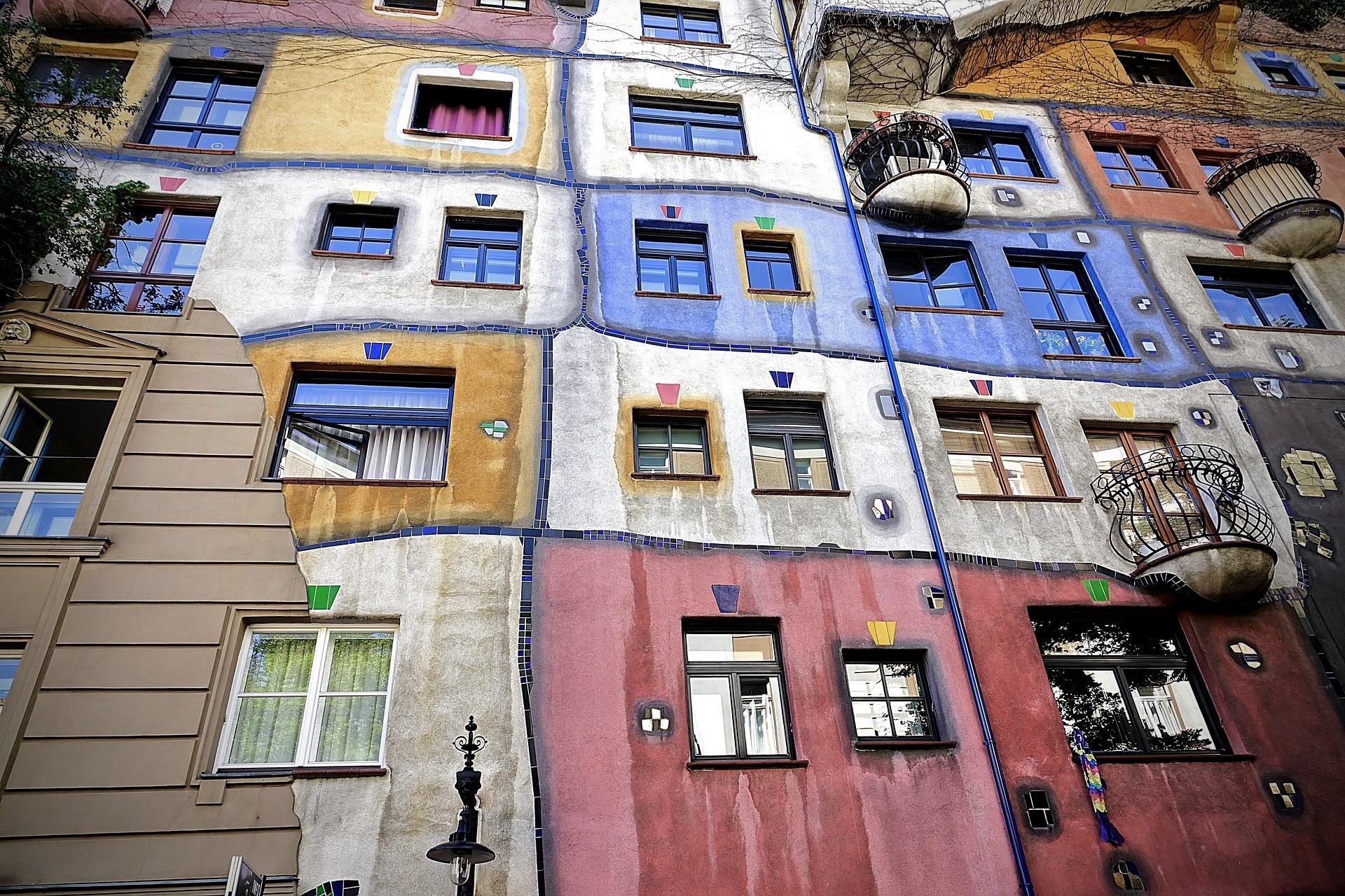 Das Hundertwasserhaus in Wien ist ein Highlight für Fans von Kunst und Architektur