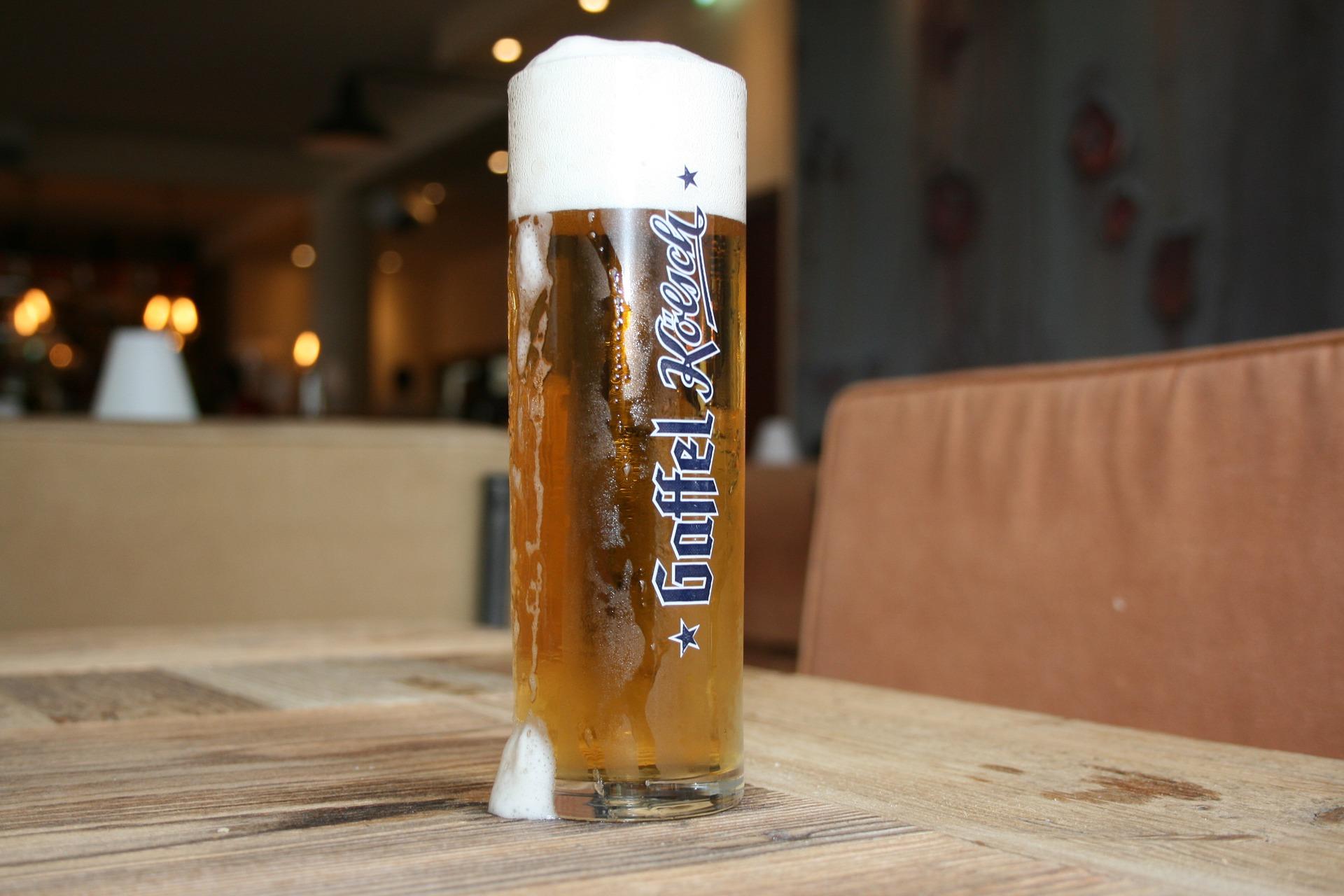 Kölsch trinken gehört zu einem Trip nach Köln dazu