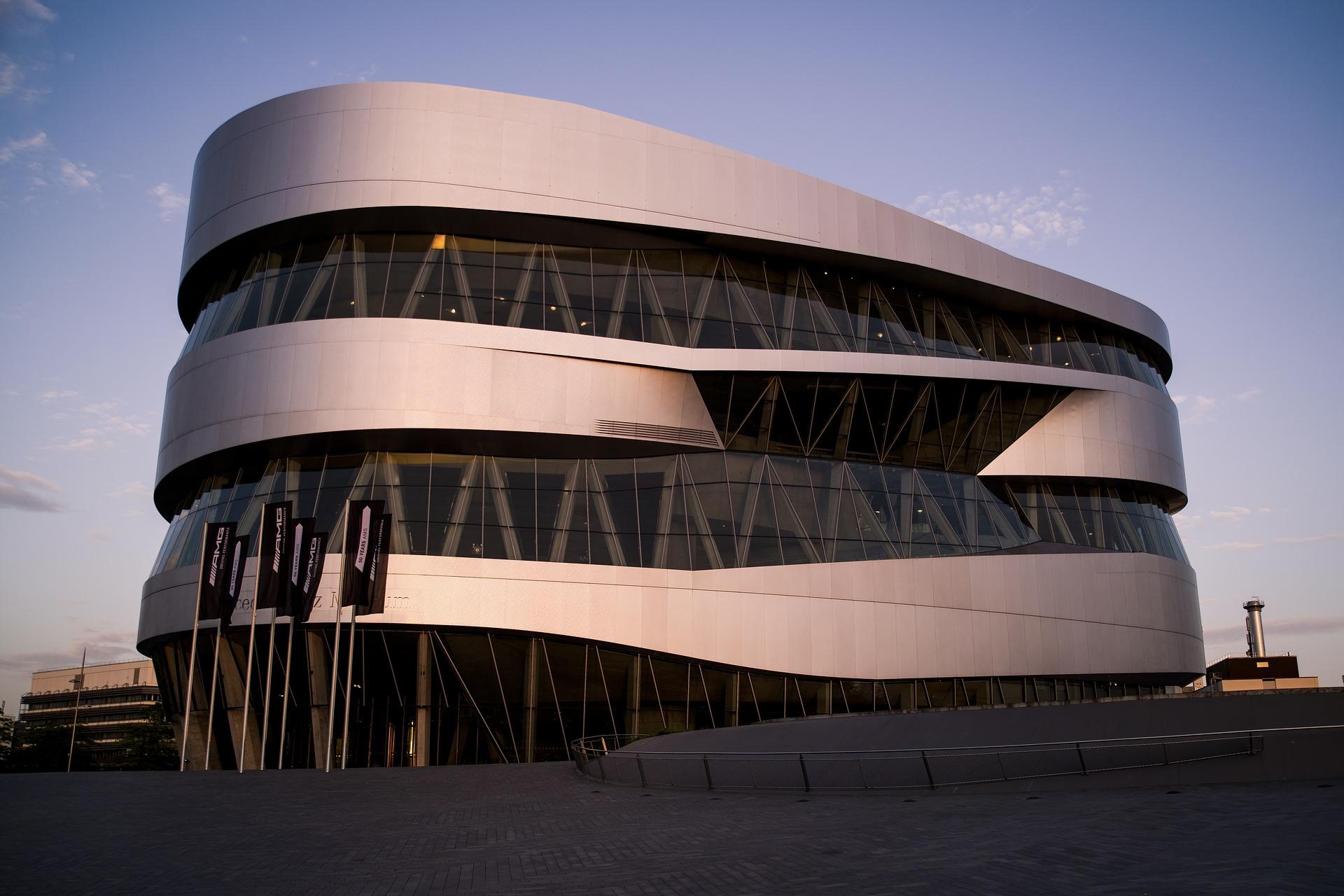 Ein guter Ausflugstipp: Das Mercedes-Benz-Museum in Stuttgart